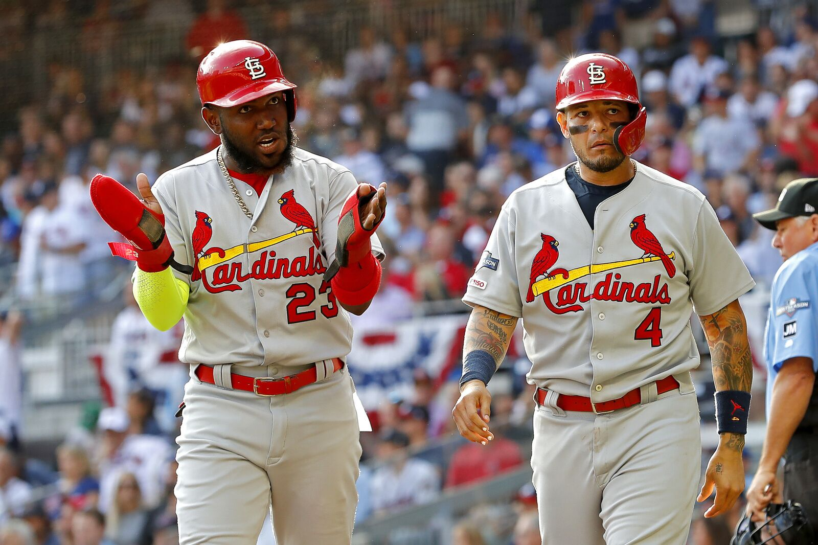 Cardinals score 10 runs in comically-bad first inning by Braves in Game 5