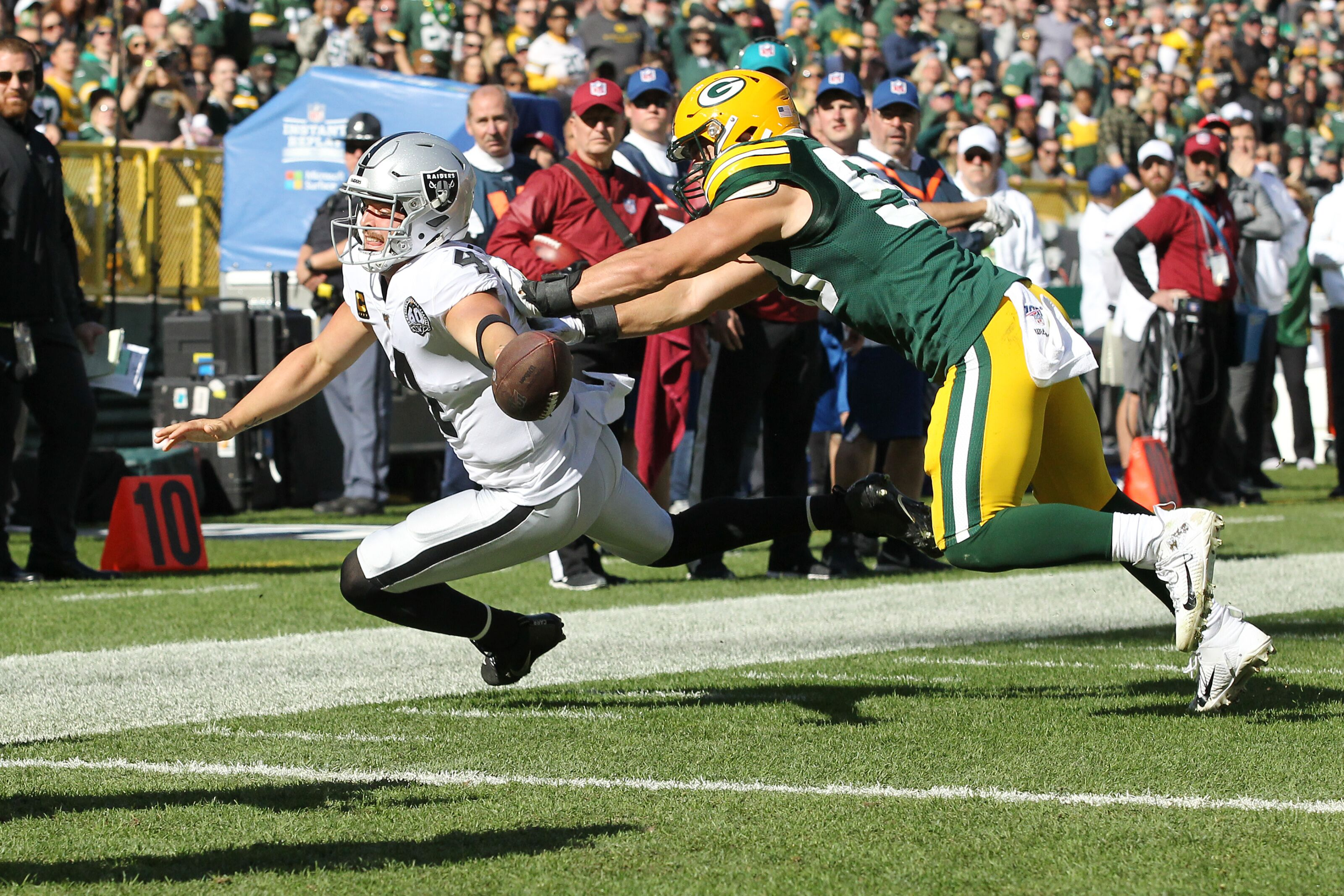 Raiders prove they're pretenders in brutal loss to Packers