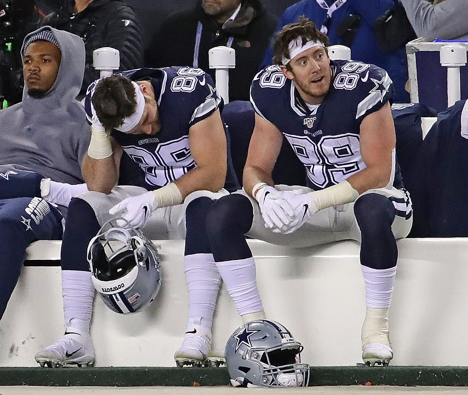 The Cowboys should forfeit their playoff spot