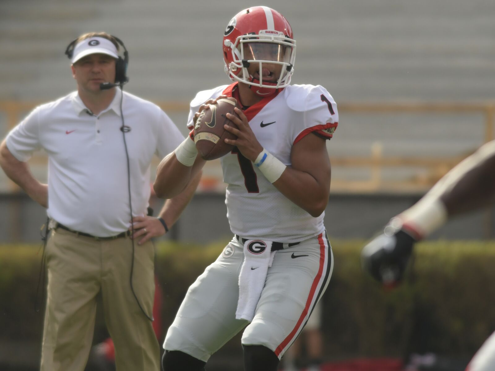 a4a6a57f12f Justin Fields brings extra dimension to already-potent Georgia offense