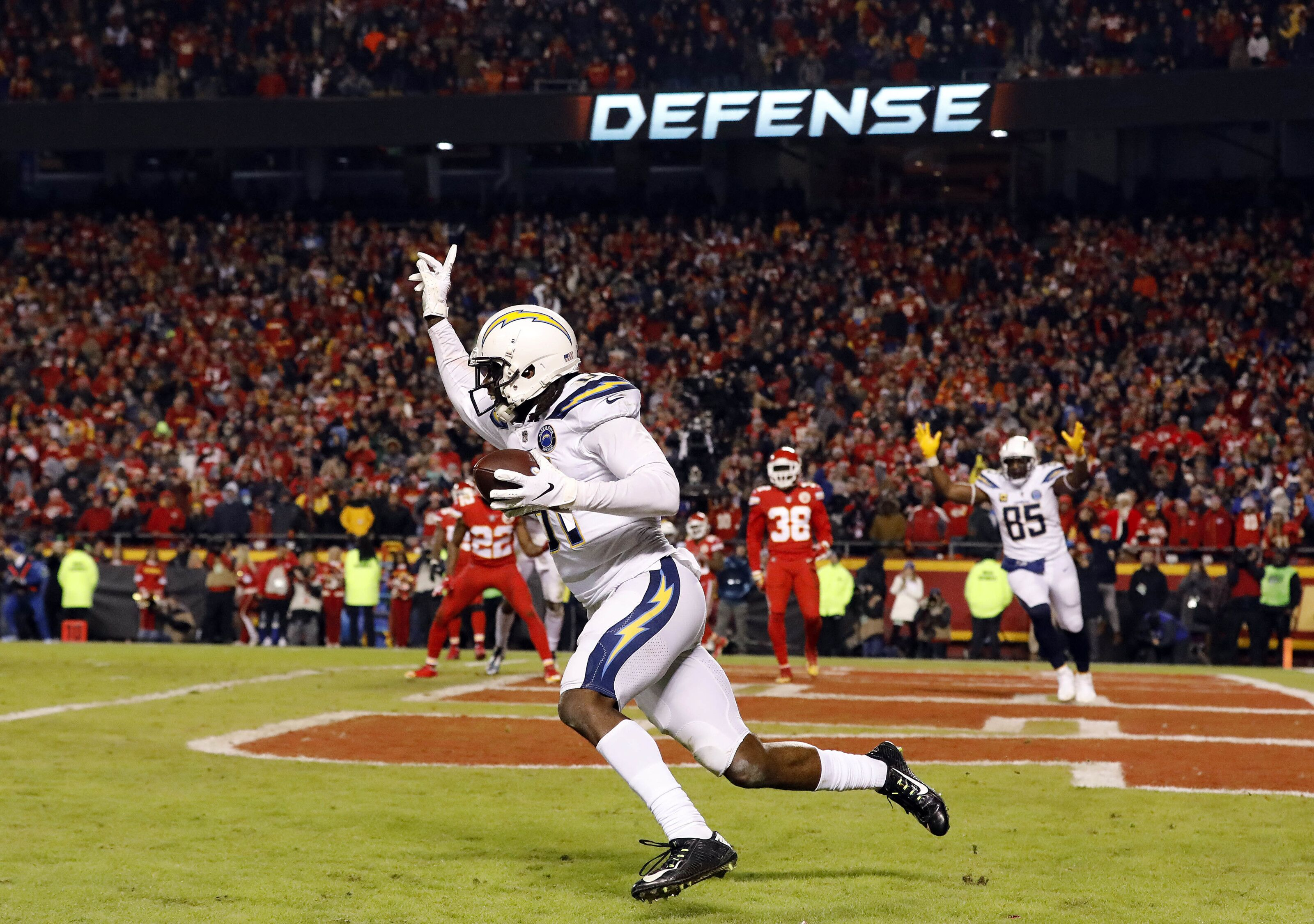 Chargers stun Chiefs with epic comeback on gutsy 2-point conversion, clinch playoff berth