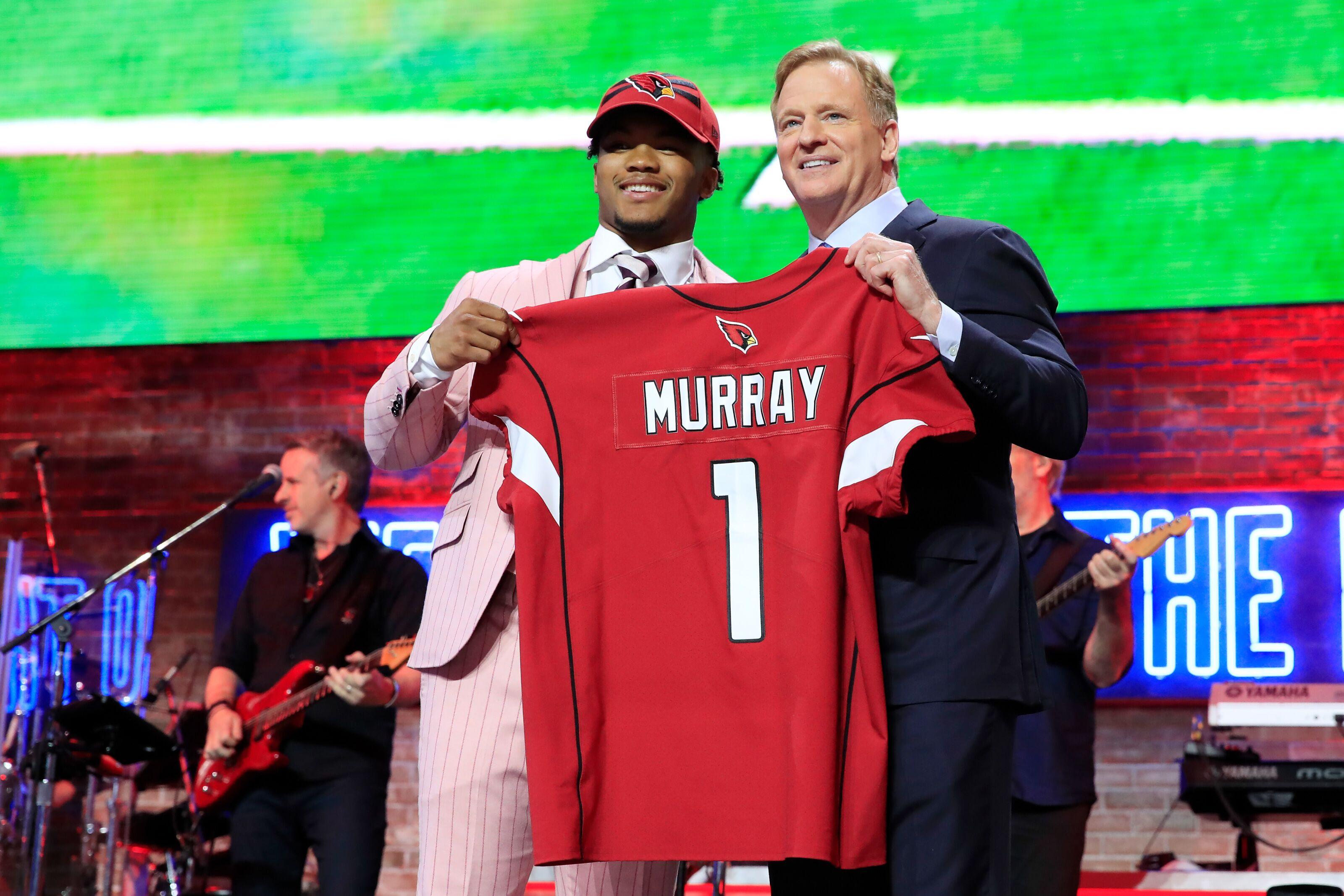3e5f9cbf8d7fa9 NFL Draft: Twitter erupts over Cardinals taking Kyler Murray at No. 1