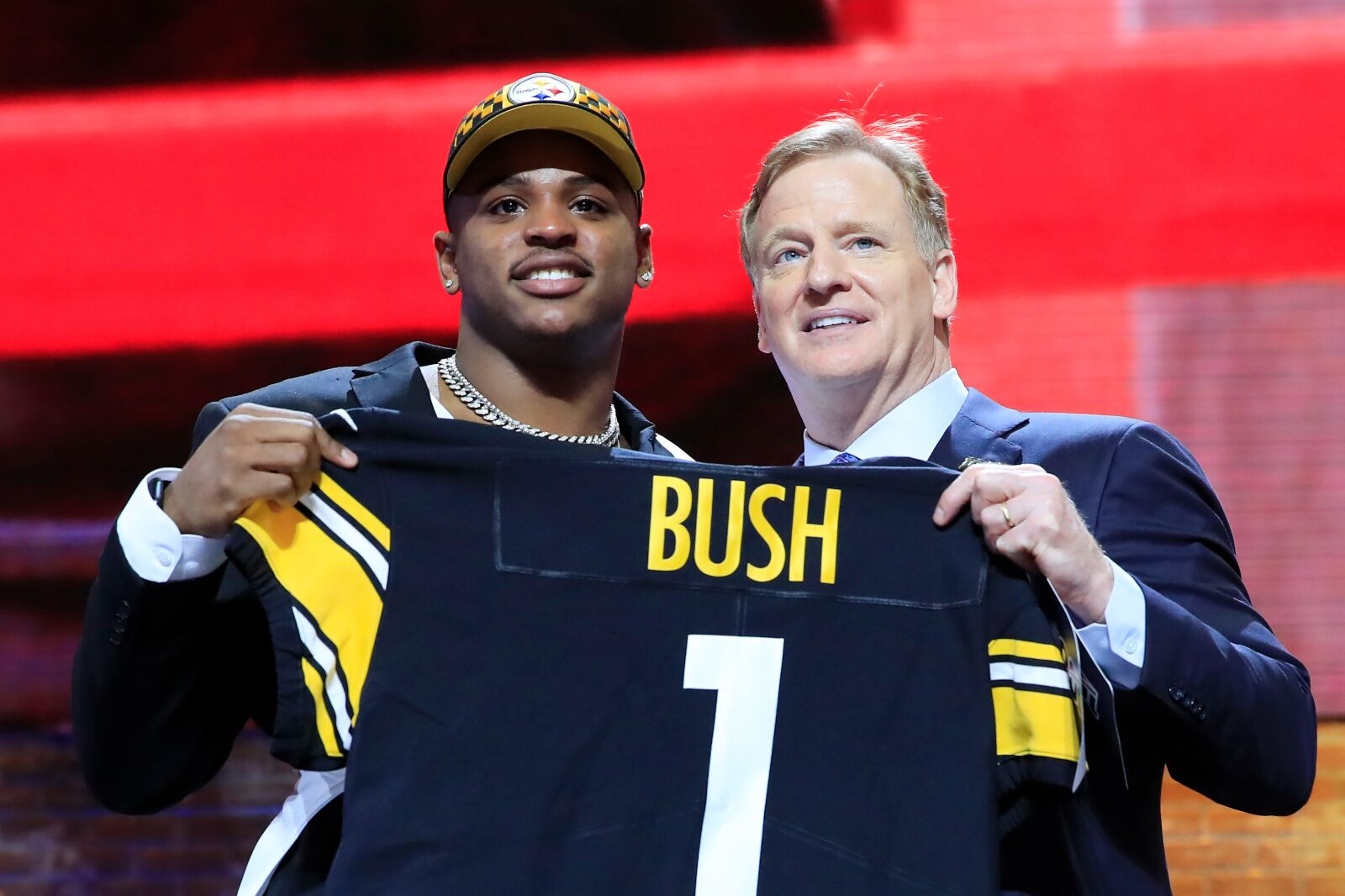 dde7c5e4326 What the heck was that suit Devin Bush was wearing at the NFL Draft?