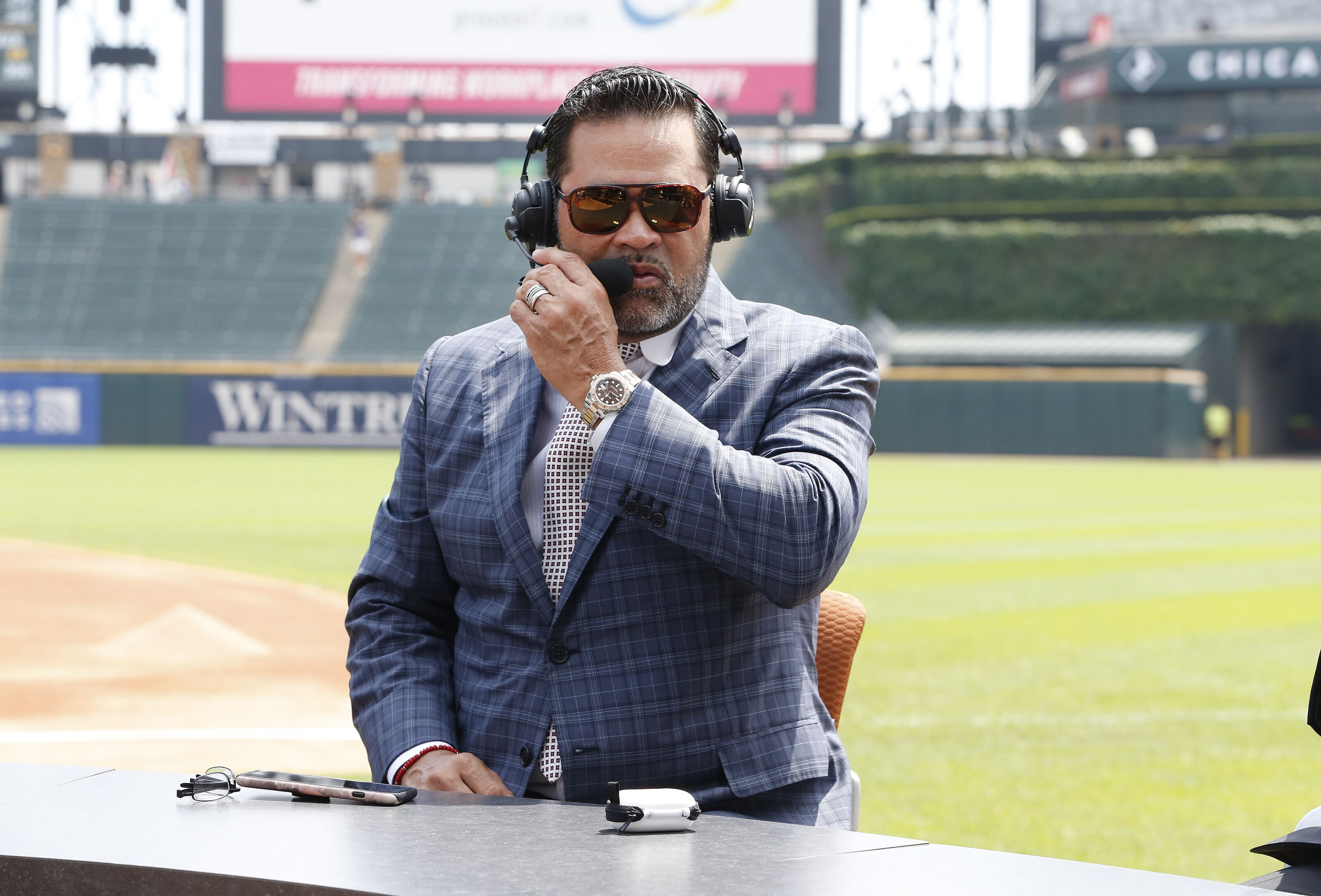 World Series champion Ozzie Guillen and Joey Chestnut join On the Mark podcast