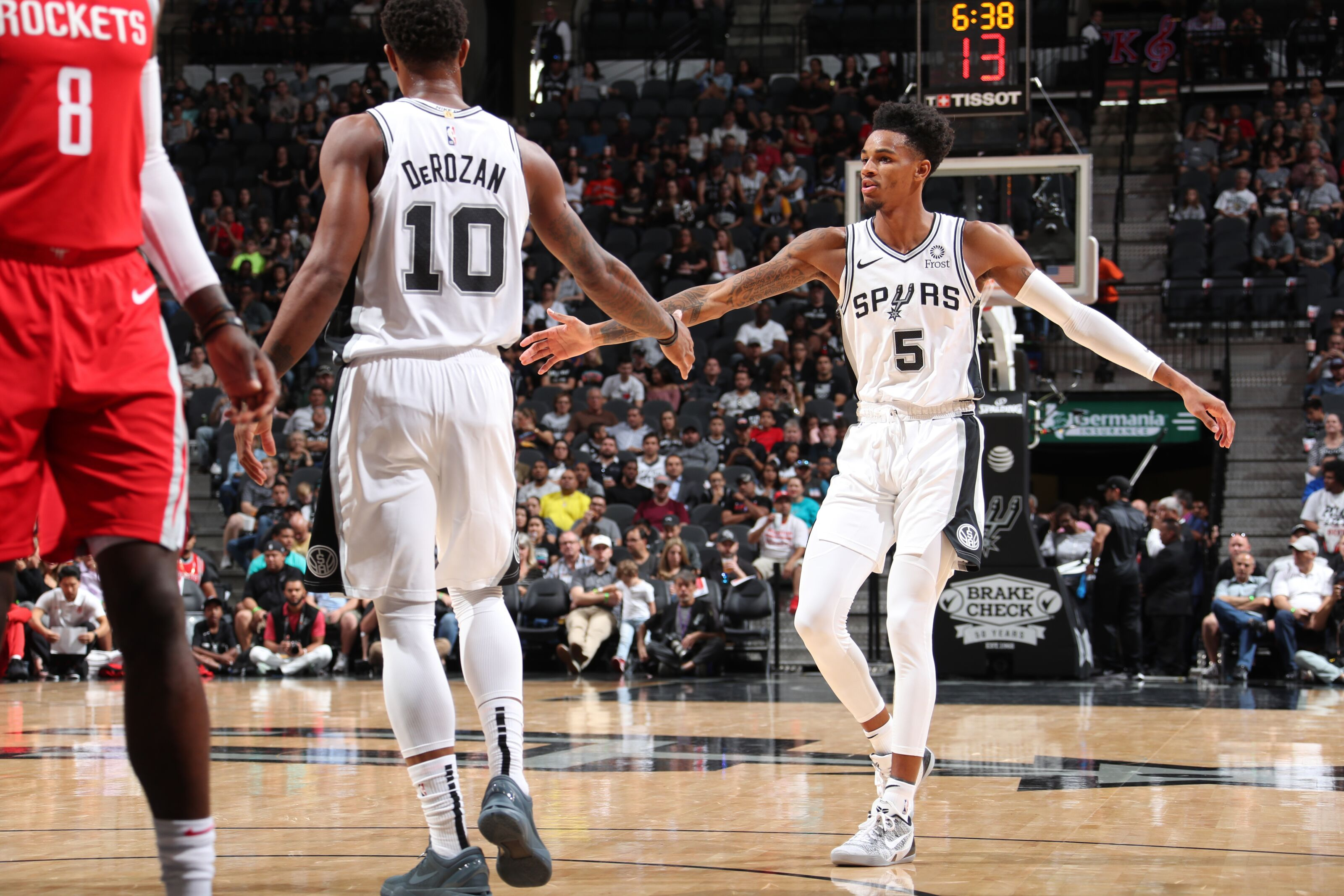 Finding the right balance for the Spurs backcourt
