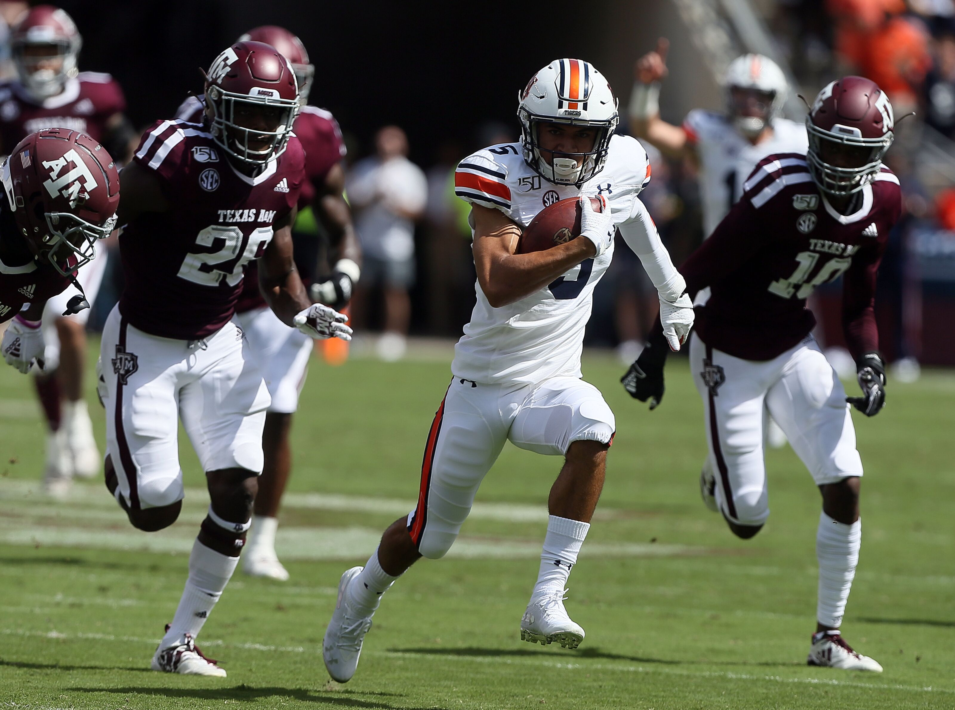 Auburn gigs Texas A&M to clinch third place in SEC West