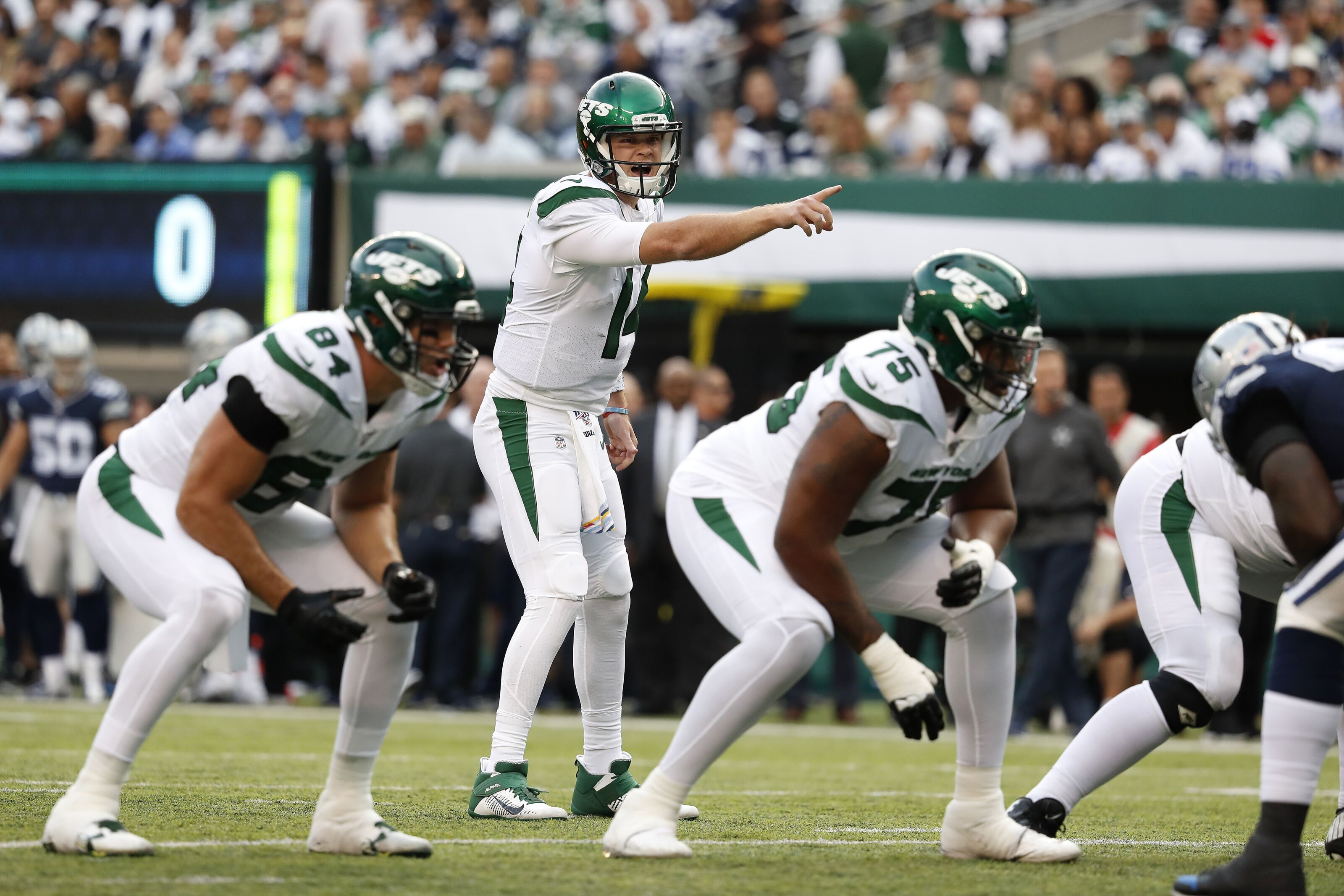 Sam Darnold's return has Cowboys on the brink of a crisis
