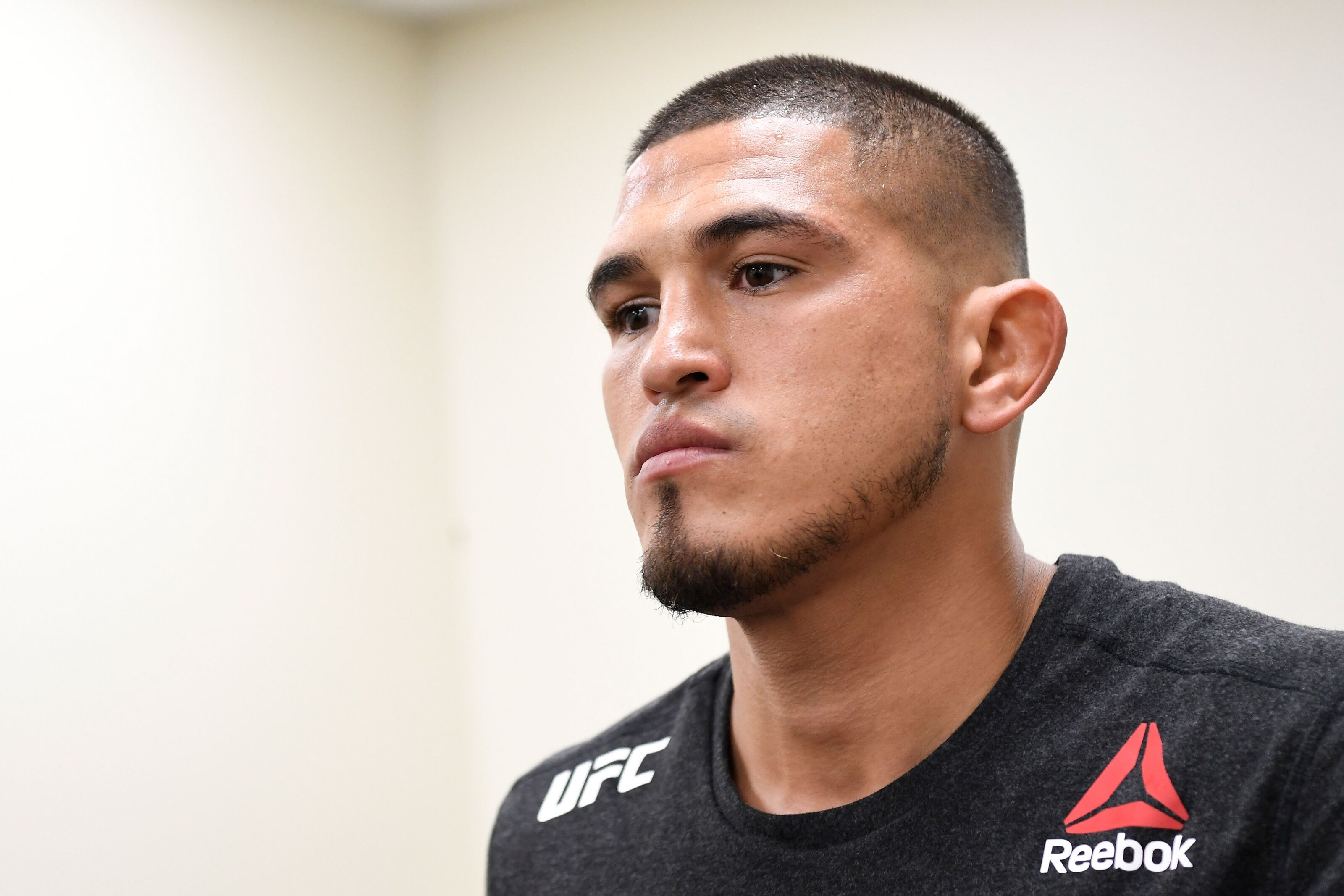 Anthony Pettis moving to lightweight won't change anything