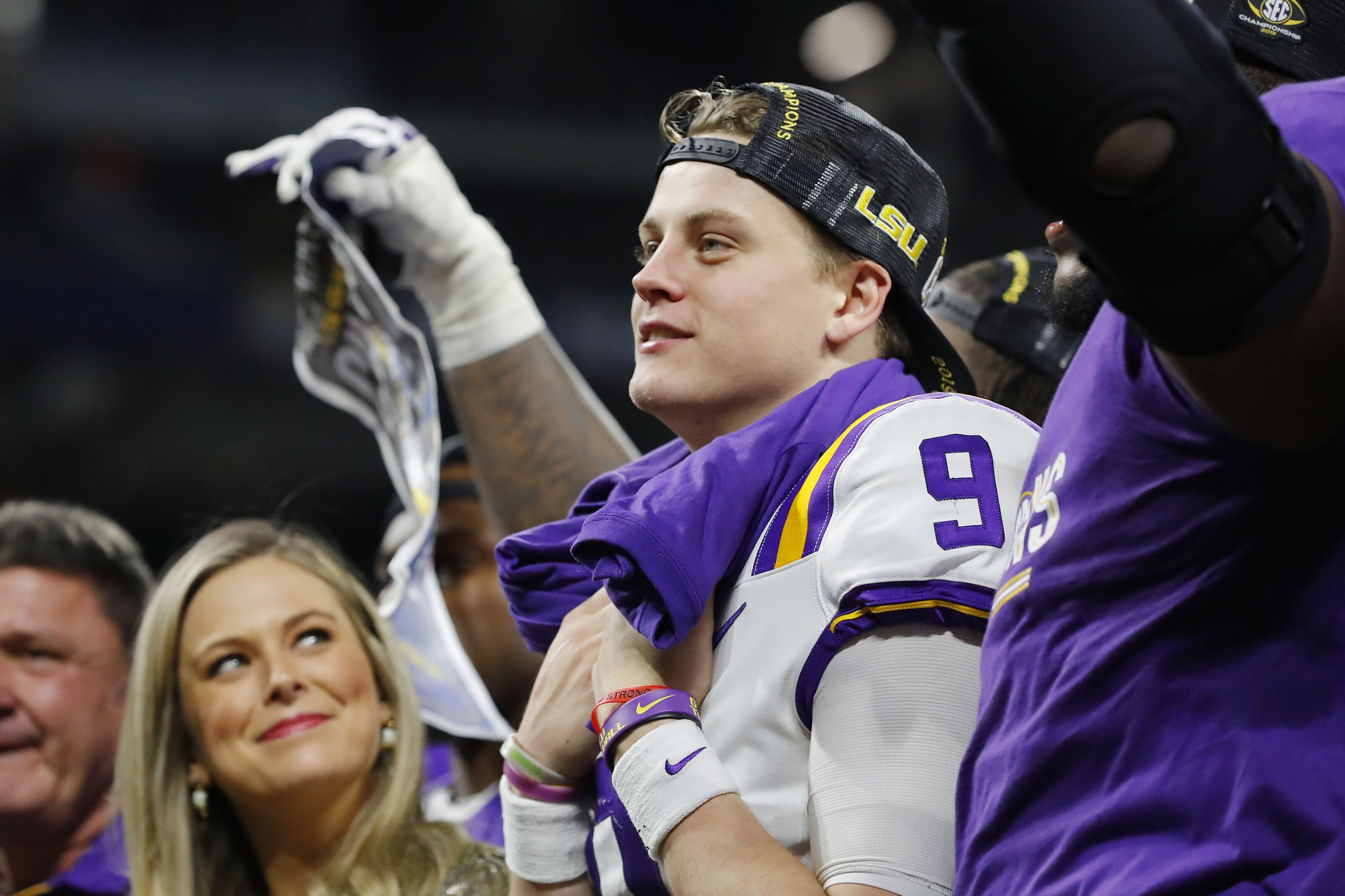 College Football Playoff predictions: LSU steals No. 1 spot from Ohio State, Oklahoma sneaks in