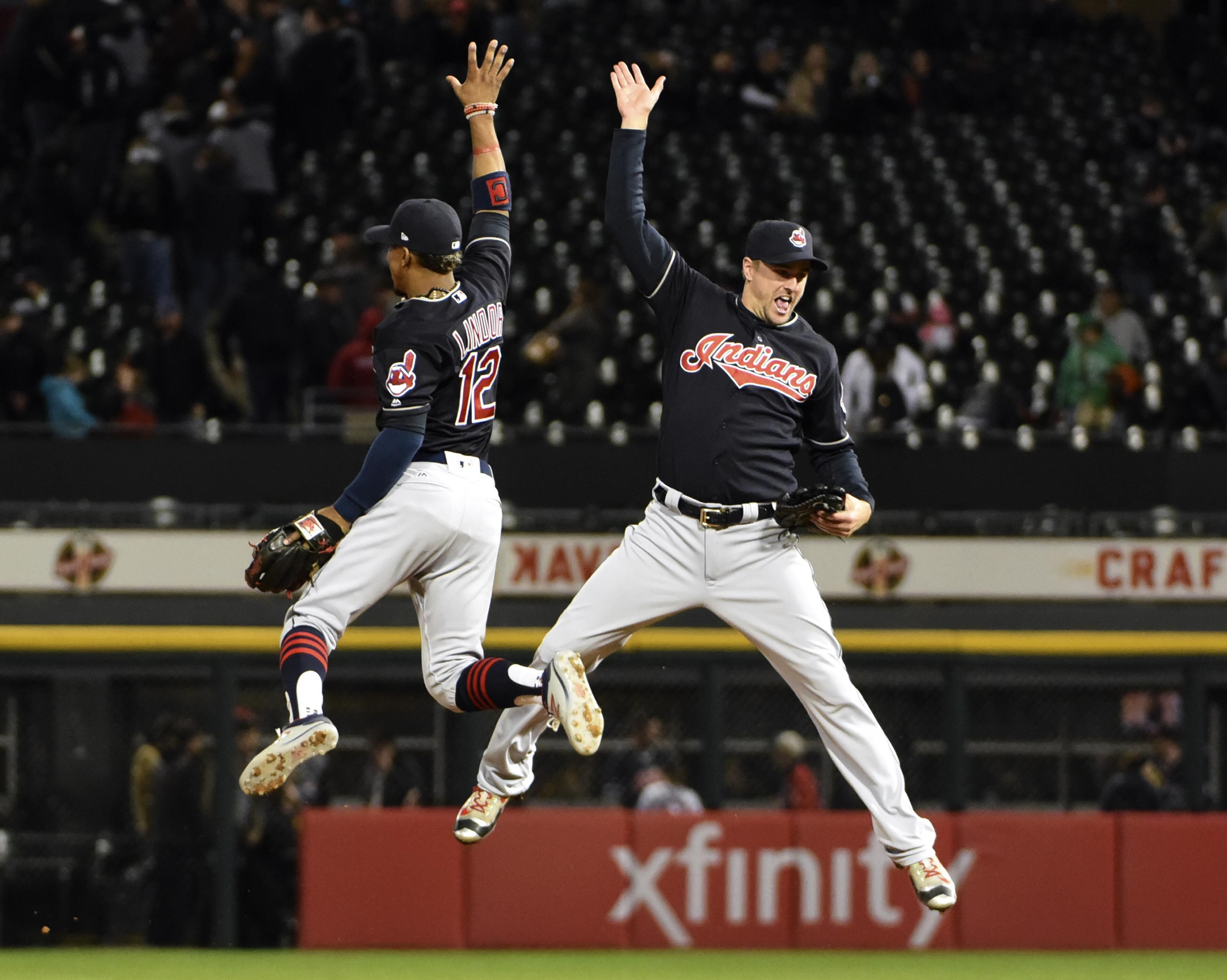mlb indians standings cubs astros sox chicago cleveland