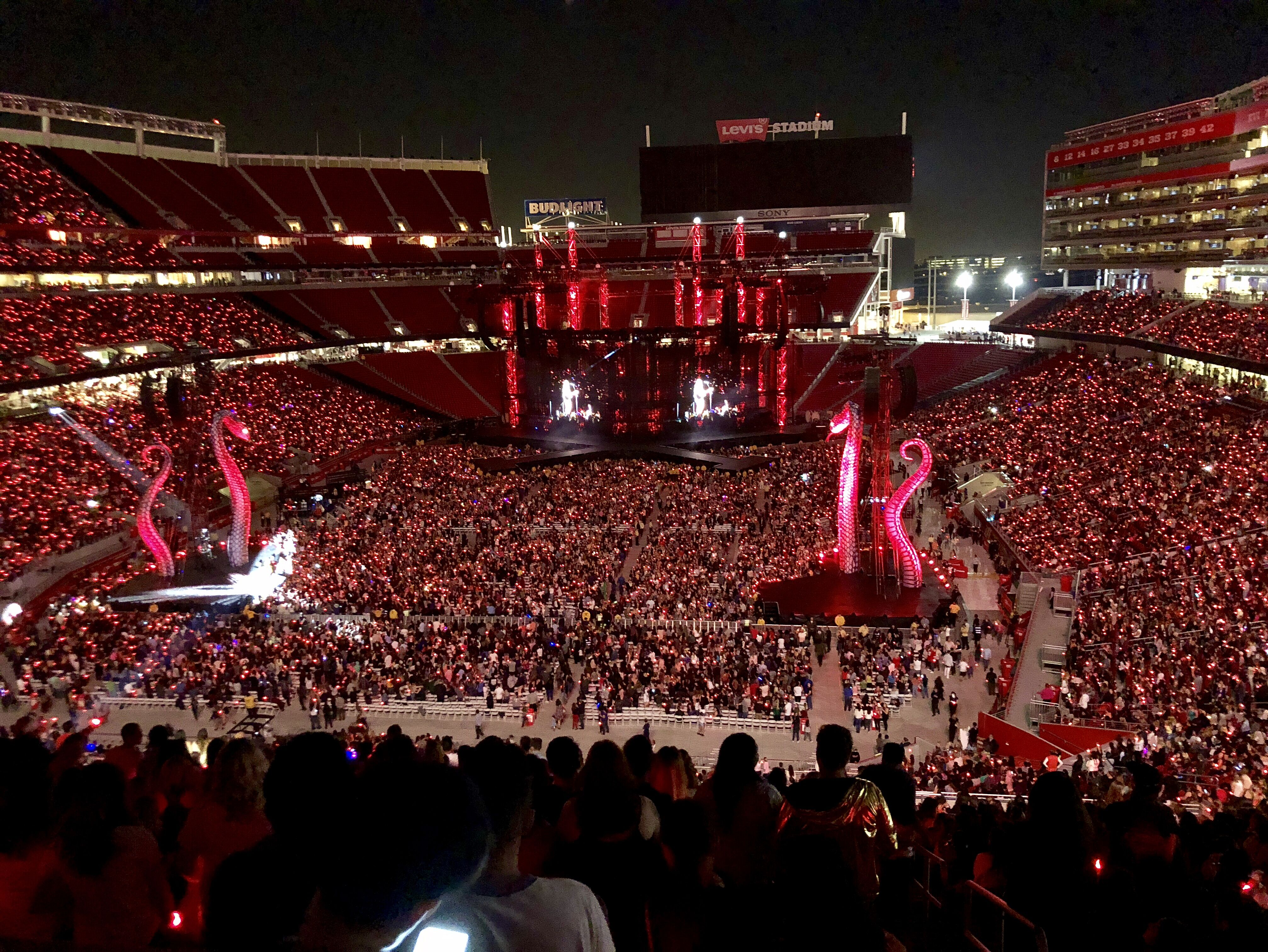 Taylor Swift: The Making of the Reputation Stadium Tour Stage