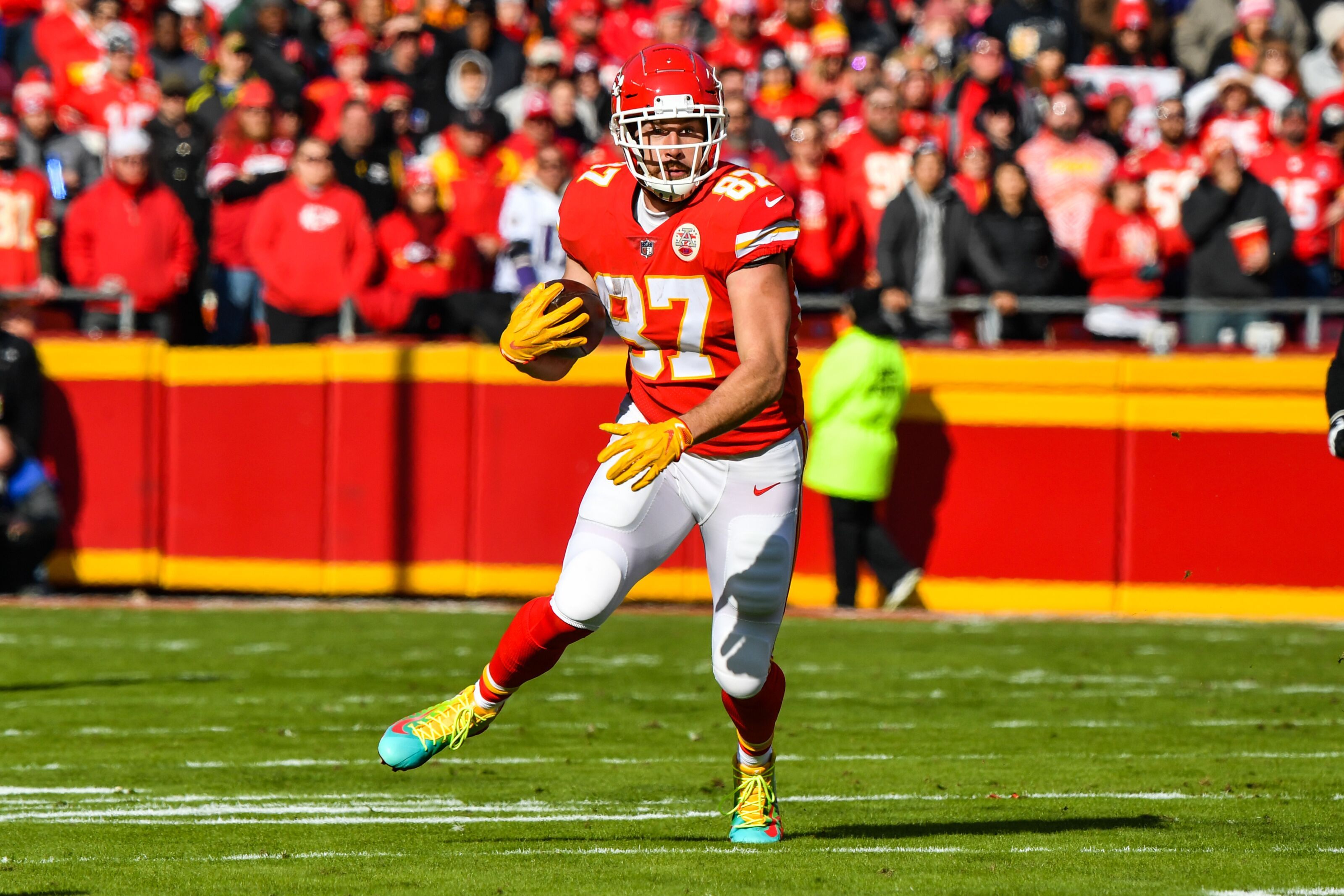 Nfl Draftkings Thursday Night Showdown Travis Kelce Is The Top Play