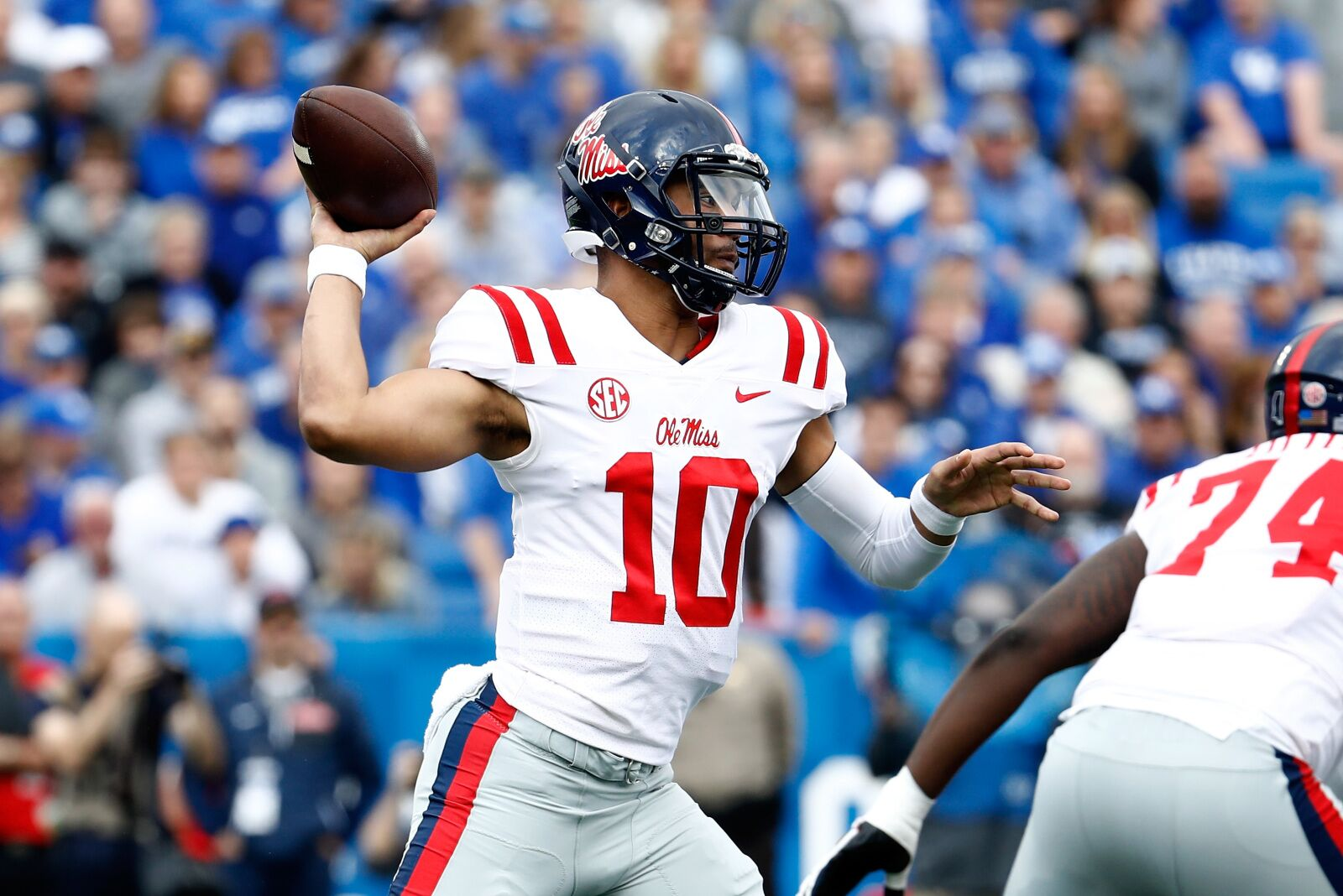 Get the latest NFL Draft prospect rankings from CBS Sports Find out where your favorite Position stacks up against the 2019 class and view expert mock drafts