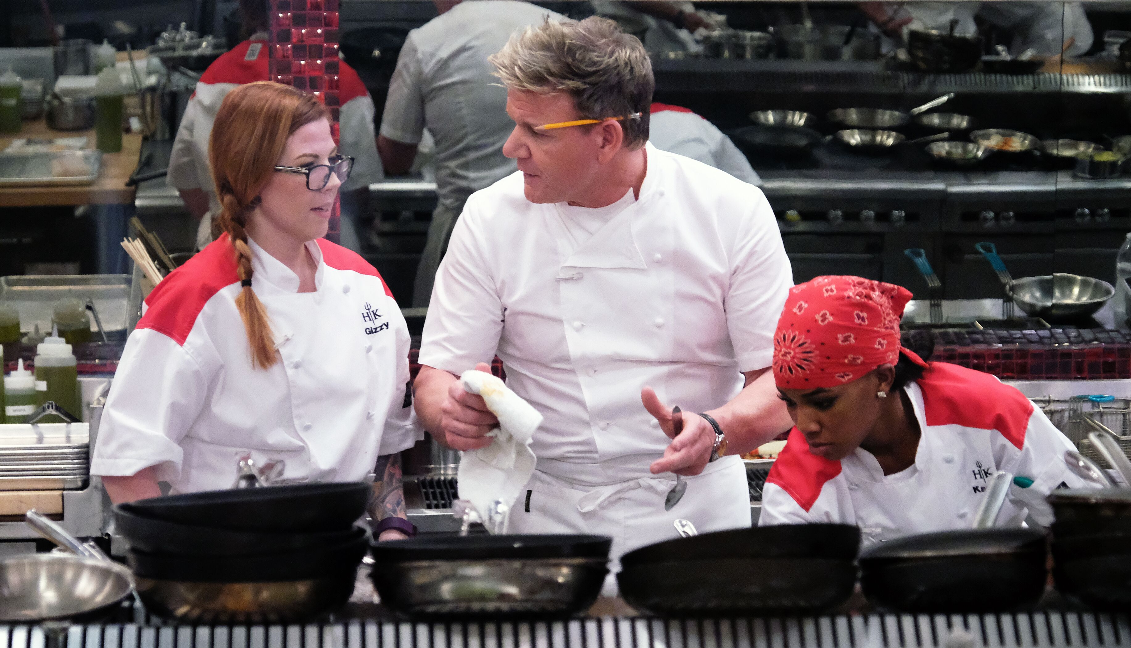 hells kitchen season 18 episode 3 preview gizzy cant cook fish - Hells Kitchen Season 18