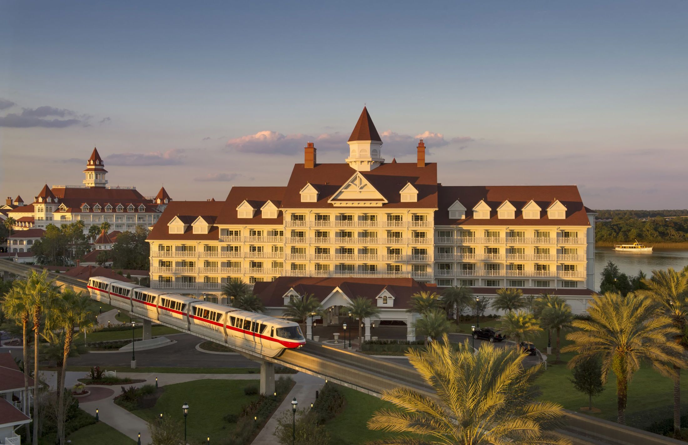 Disney's Grand Floridian Resort and Spa is getting a Beauty and the Beast themed bar