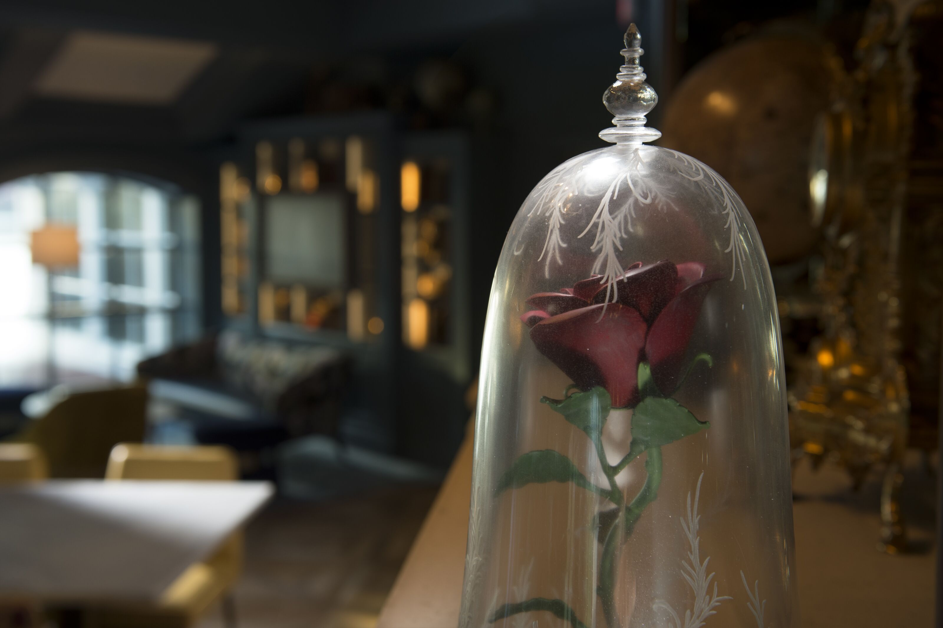 Enchanted Rose Lounge is an elegant, fairy tale dining experience