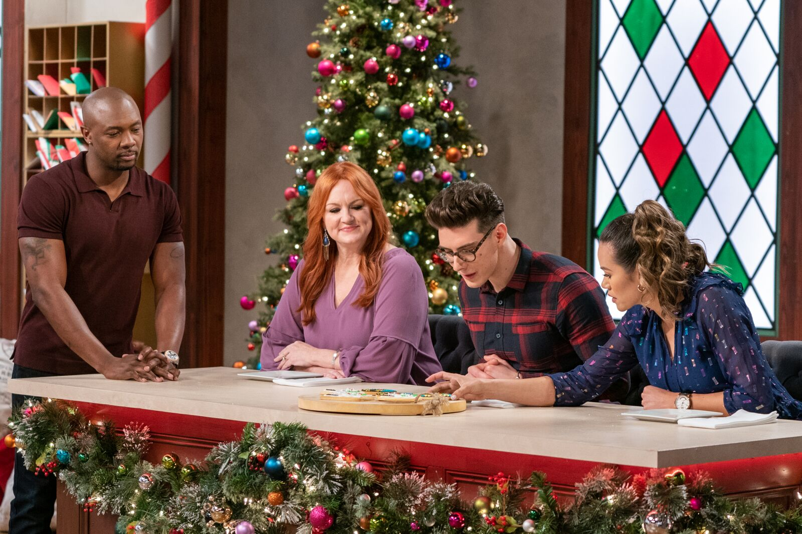 Christmas Cookie Challenge Season 3 episode 8 preview: Ready for a makeover?