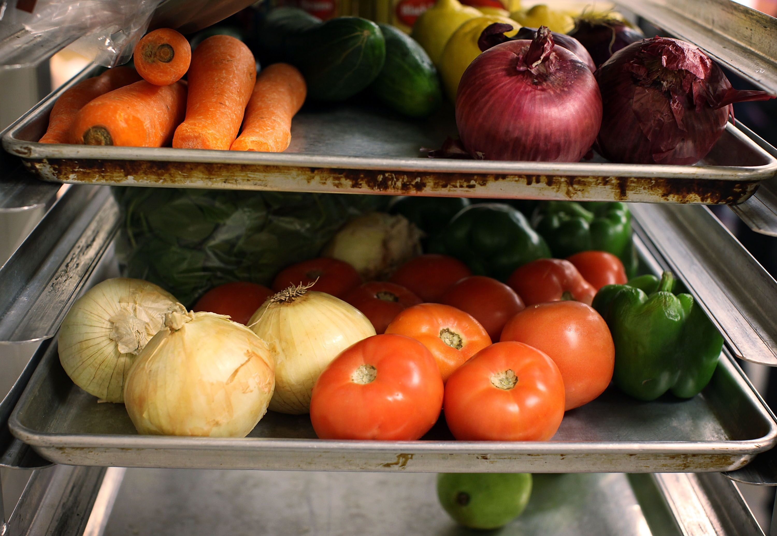 5 sneaky ways to add fruits and vegetables to lunches