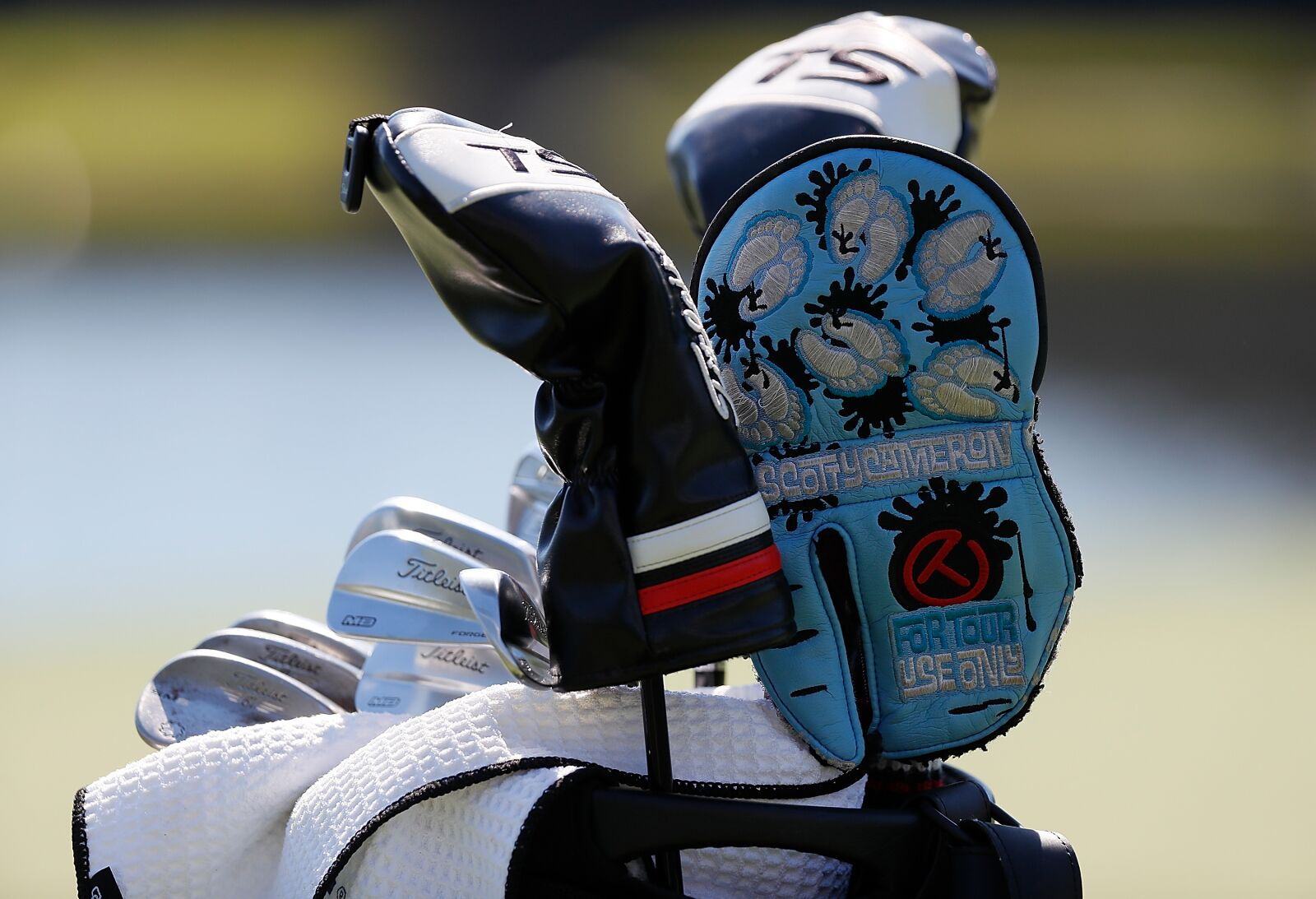 Golf Equipment: Let's take a look in a 25 handicapper's ideal bag set-up