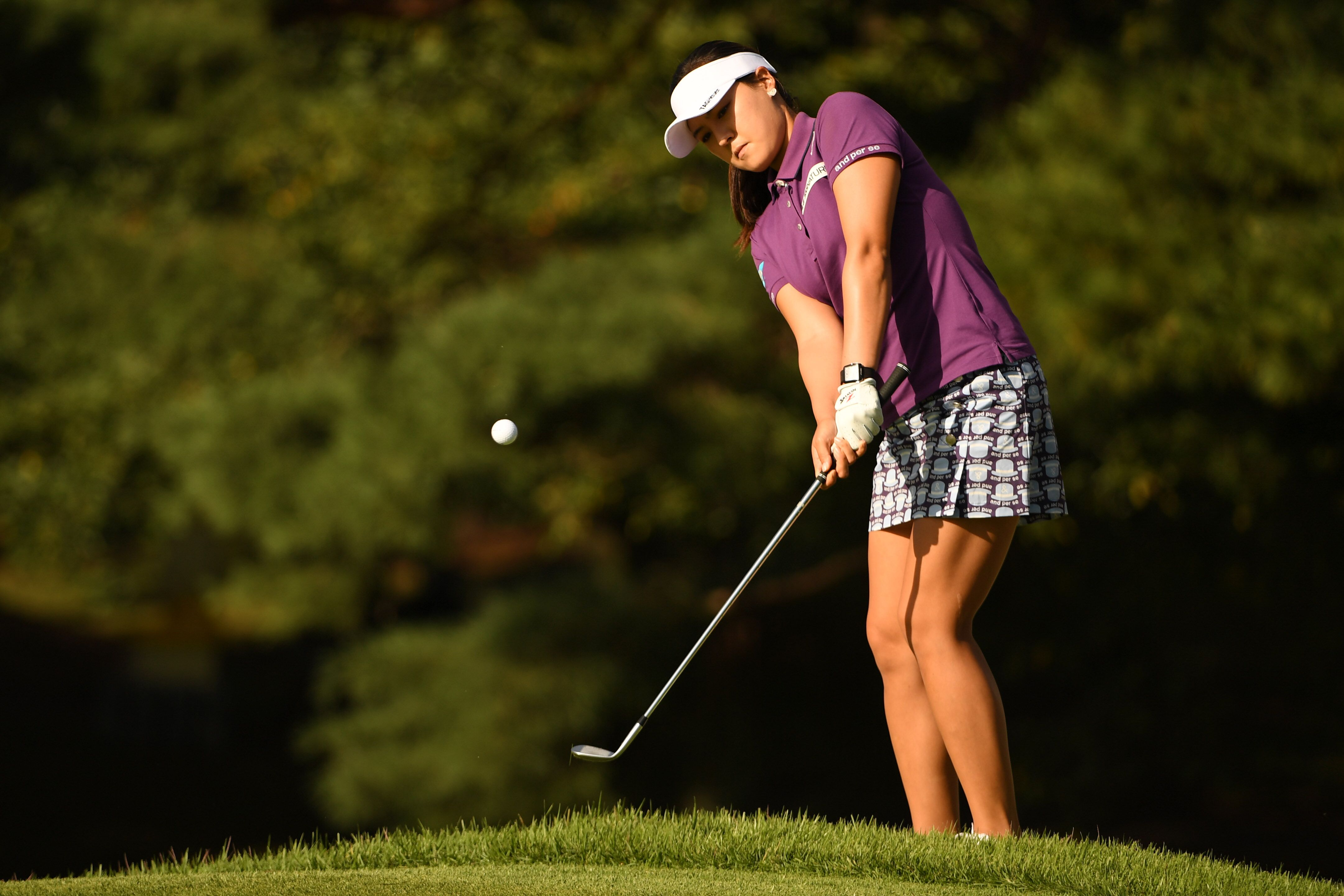 Golf tip: Use Annika's chipping drill to get your rhythm around the green