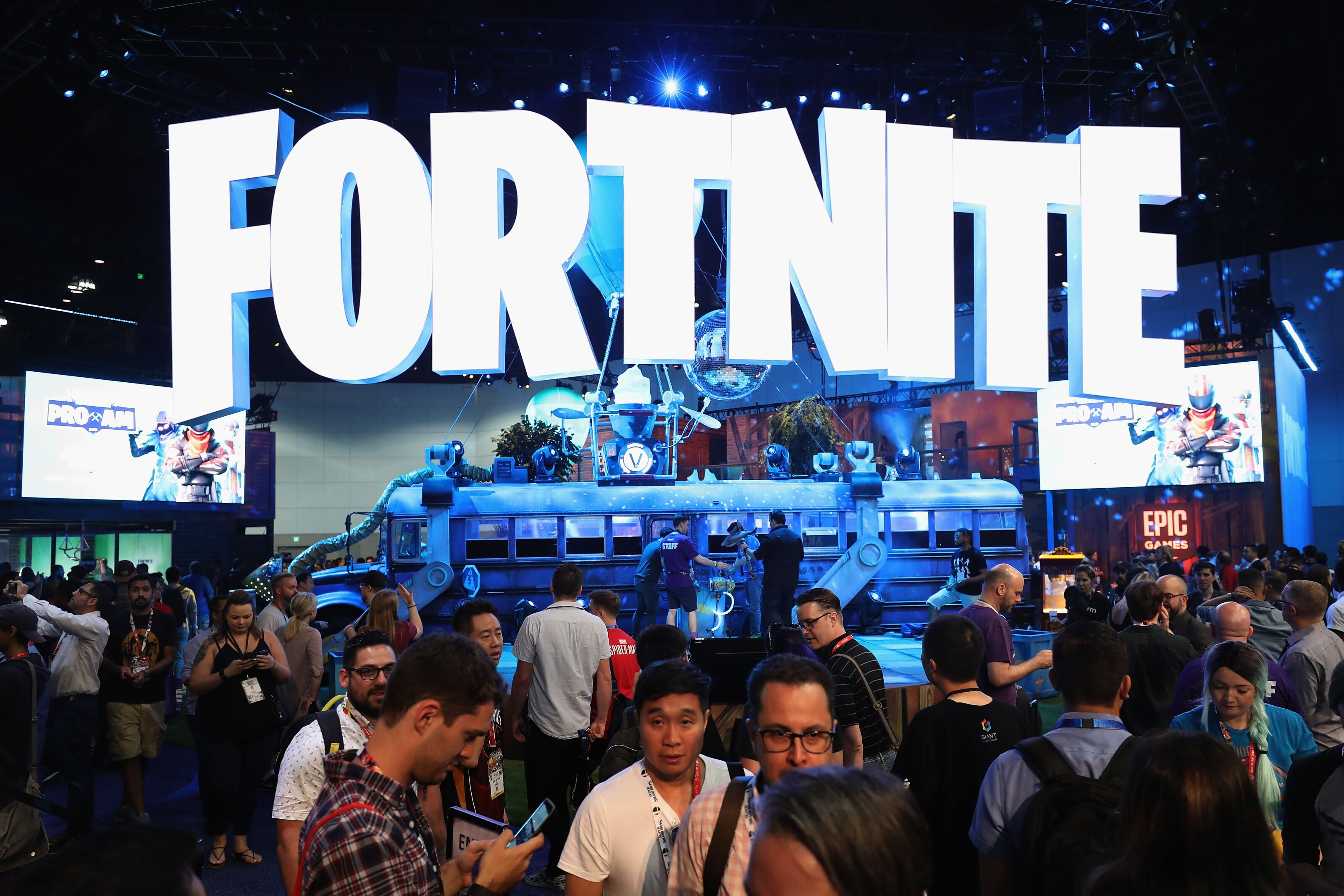 Fortnite announces 'Secret Skirmish' competition scheduled for Valentine's Day