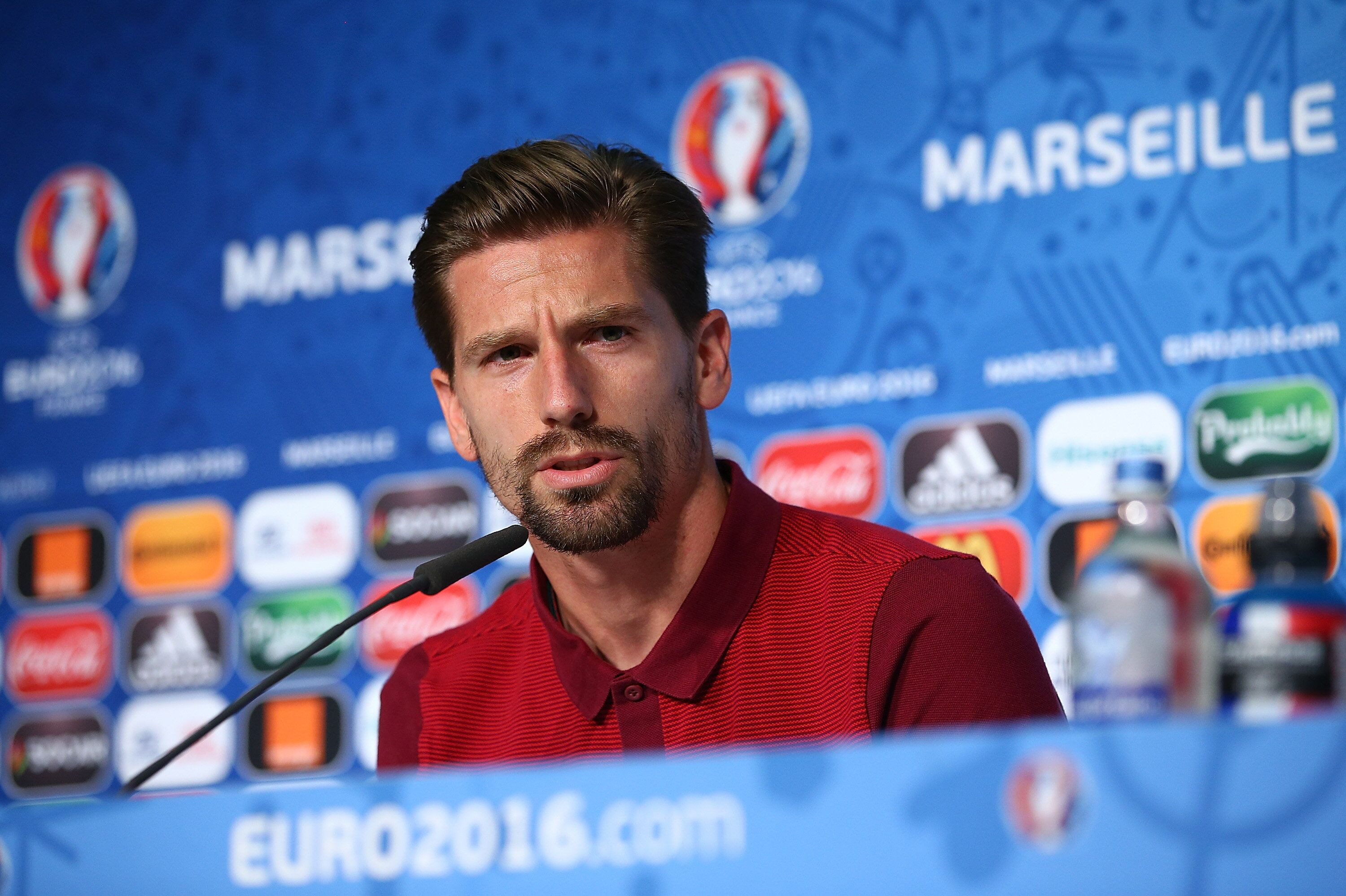 Leicester City s Claude Puel tips Adrien Silva to hit the ground