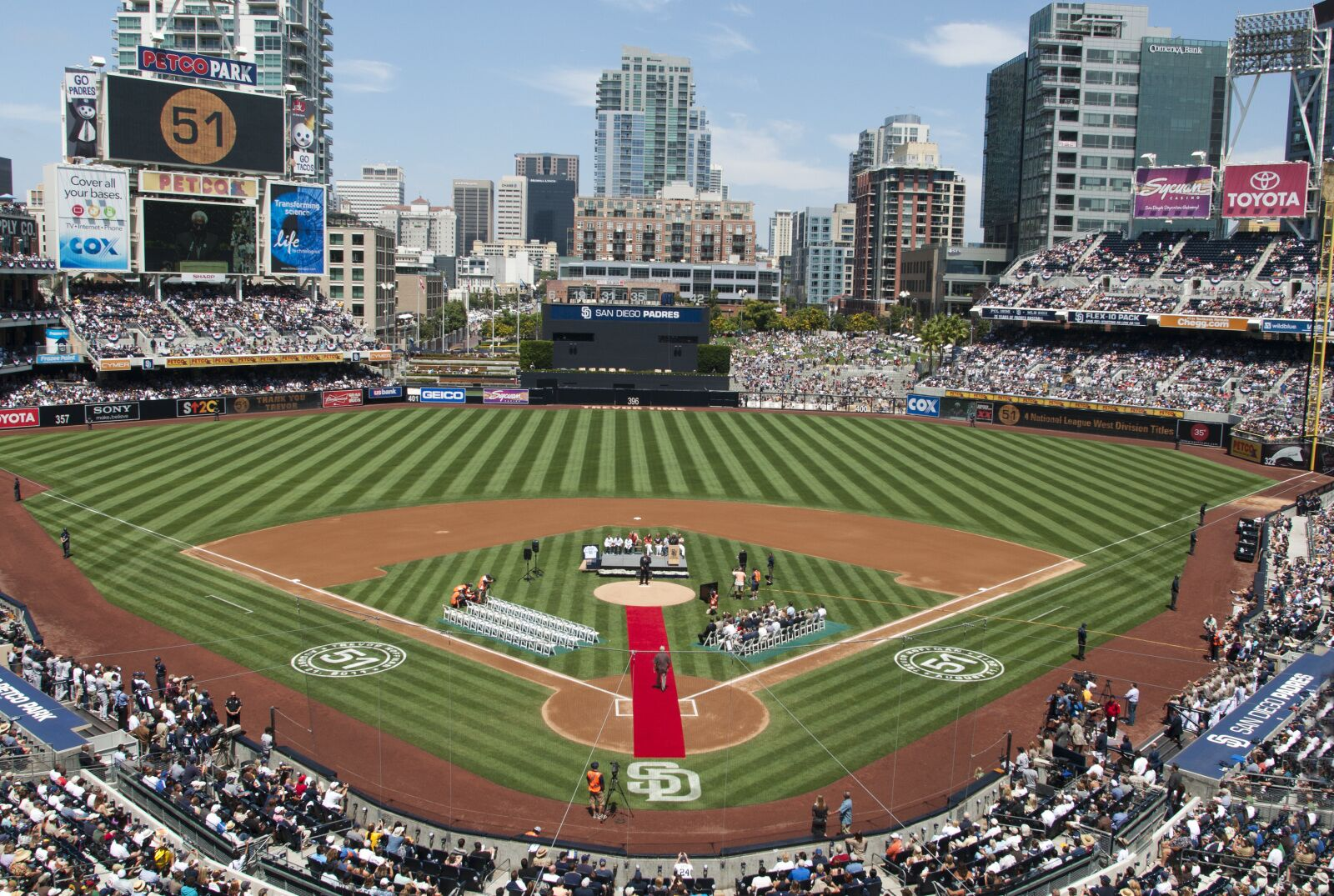 San Diego Padres Quick Hits: Trevor Hoffman and Don Welke Honored