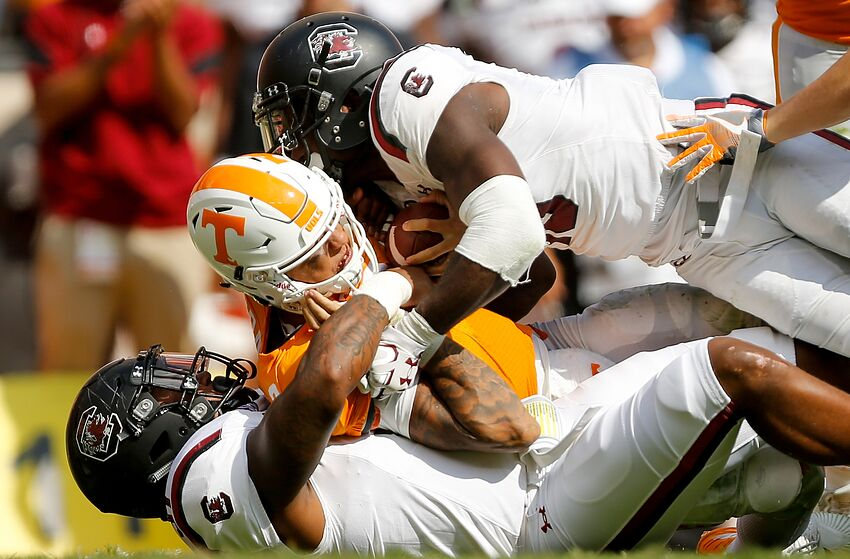 South Carolina Football: Tennessee Expert Discusses Weekend Matchup