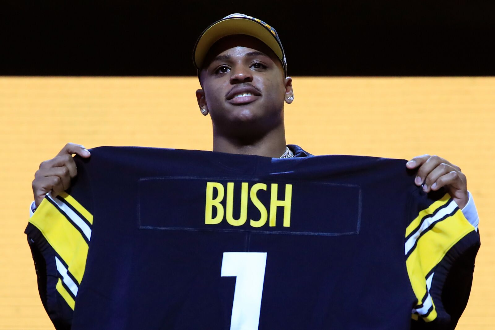 Michigan Football: Devin Bush could be Rookie of the Year ...