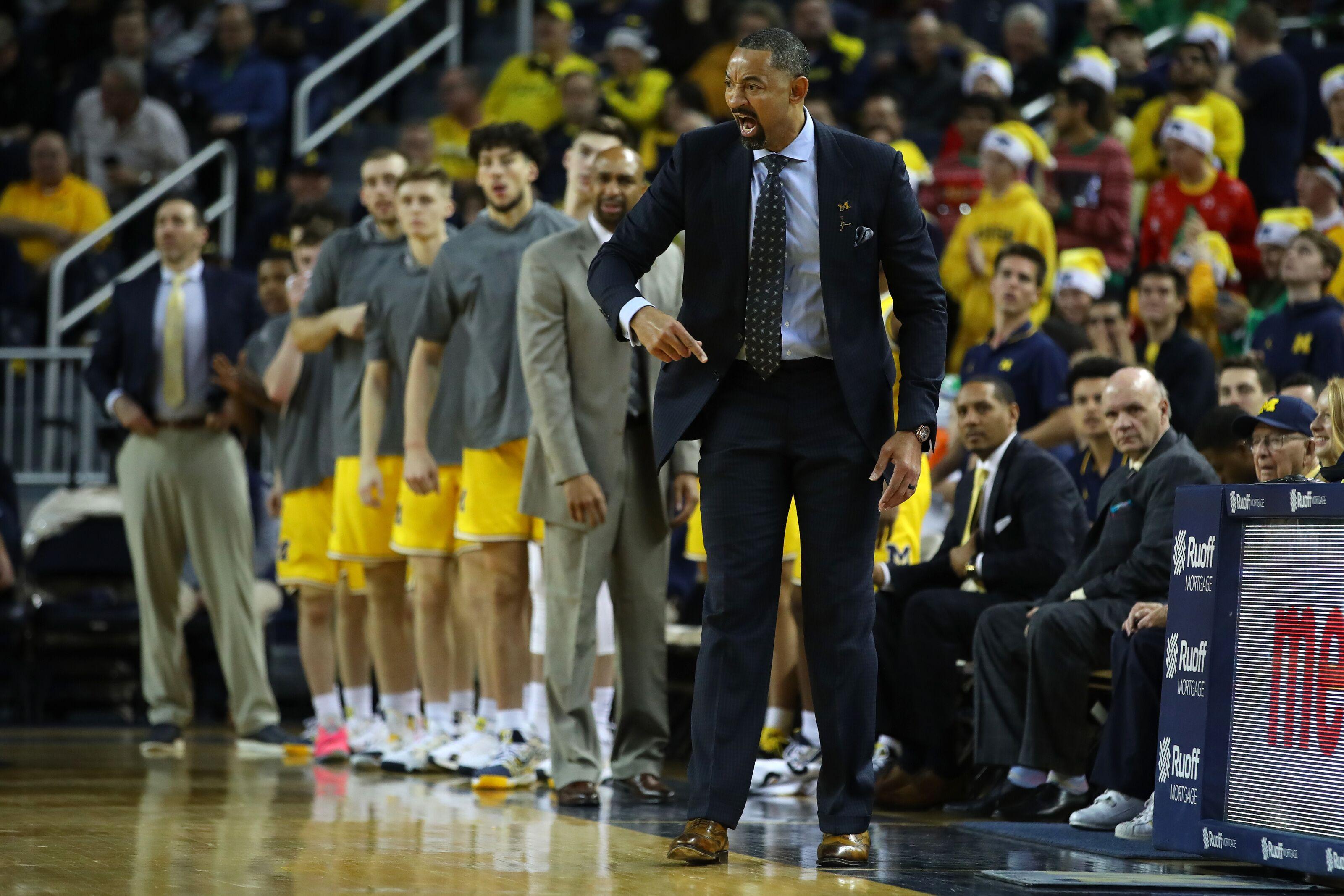 Michigan Wolverines Basketball Bleacher Report Latest