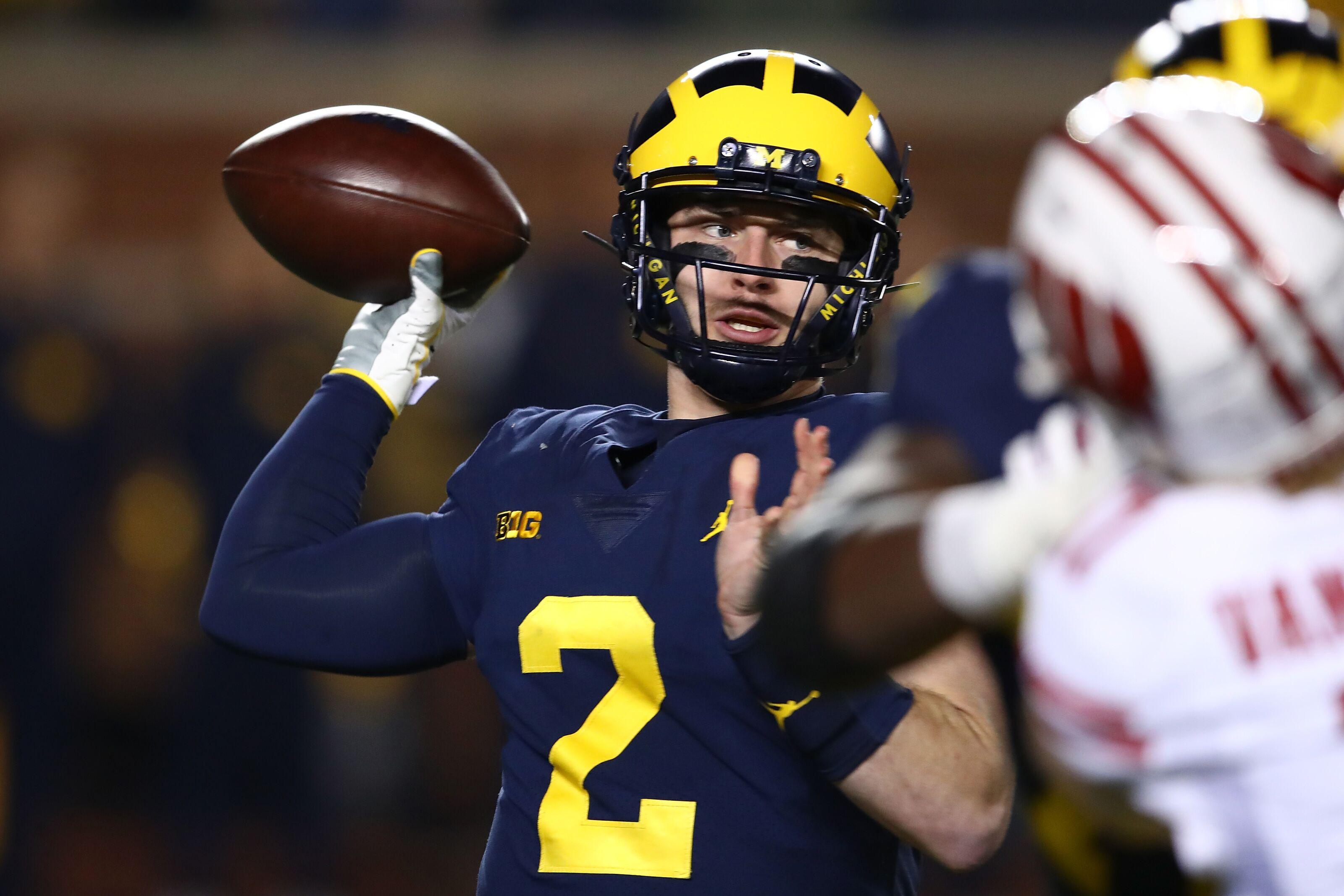 Michigan Football: Shea Patterson could make a run at Maxwell Award