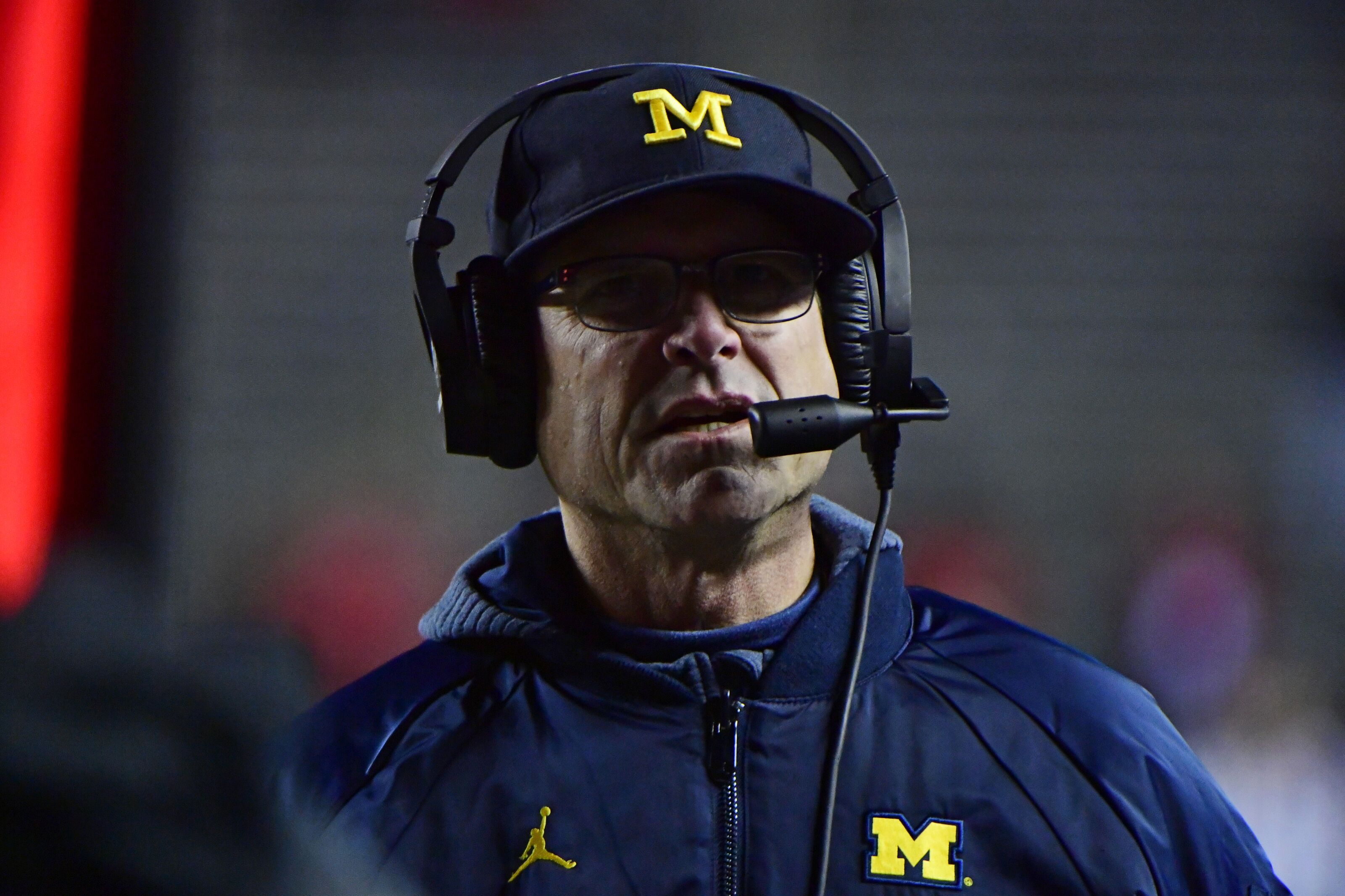 Michigan Football: Jim Harbaugh opens up about Wolverines offense