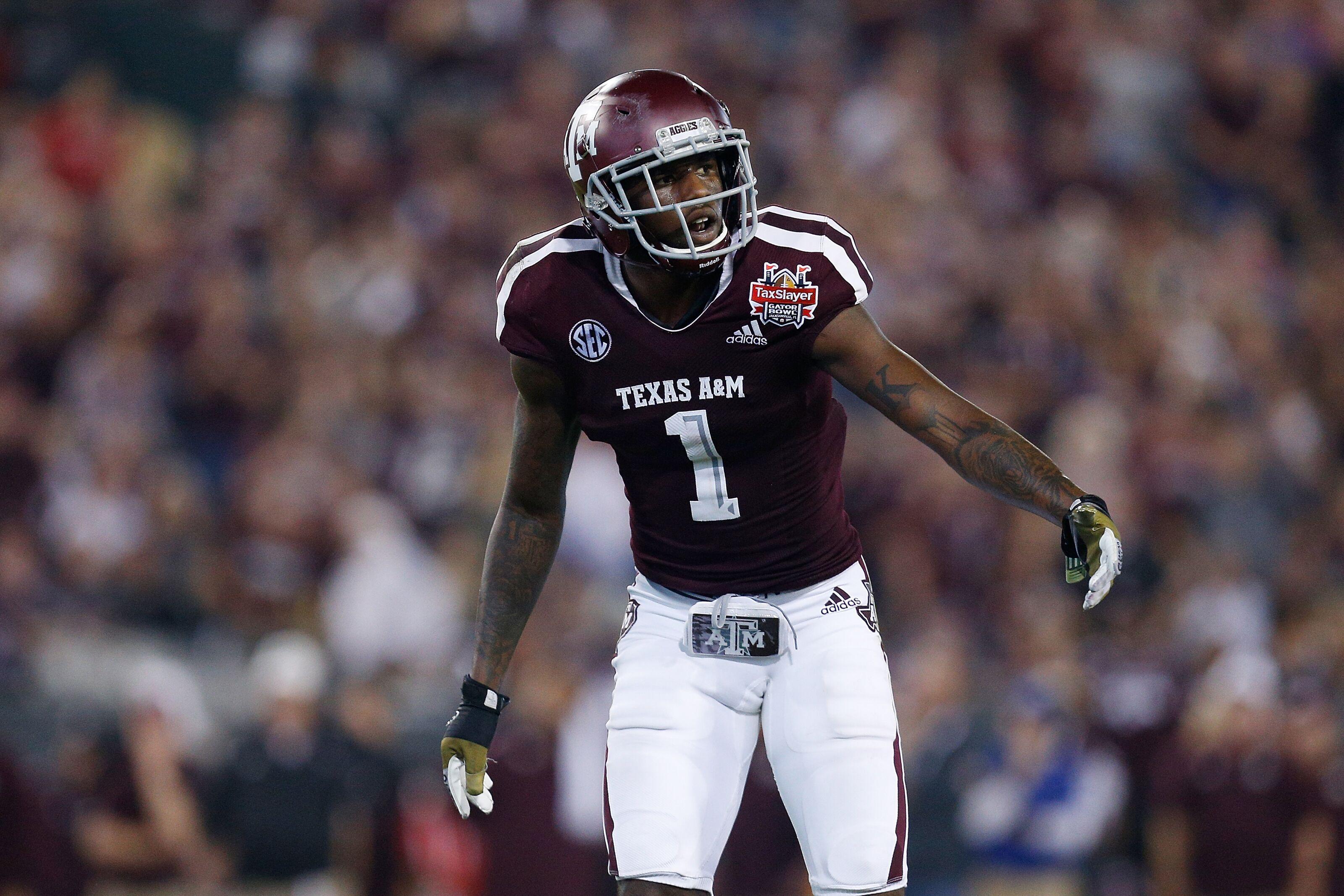 Texas A&M Football: Quartney Davis to play on Saturday