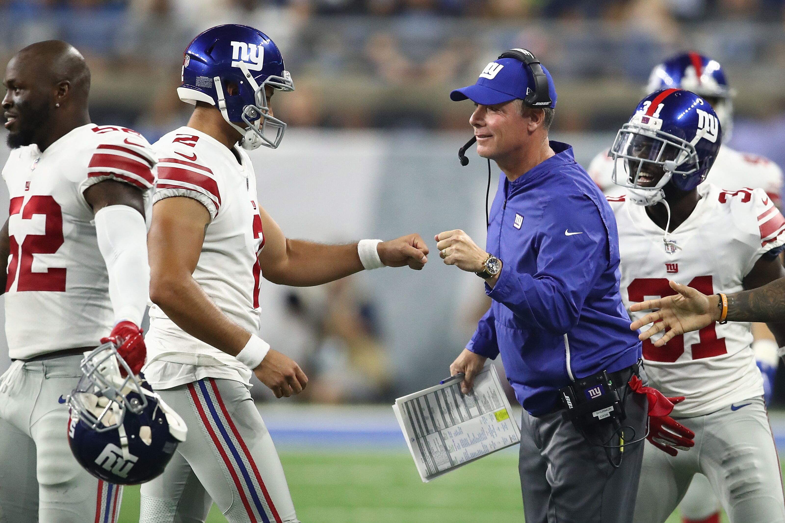 Several Giants impress in preseason opener