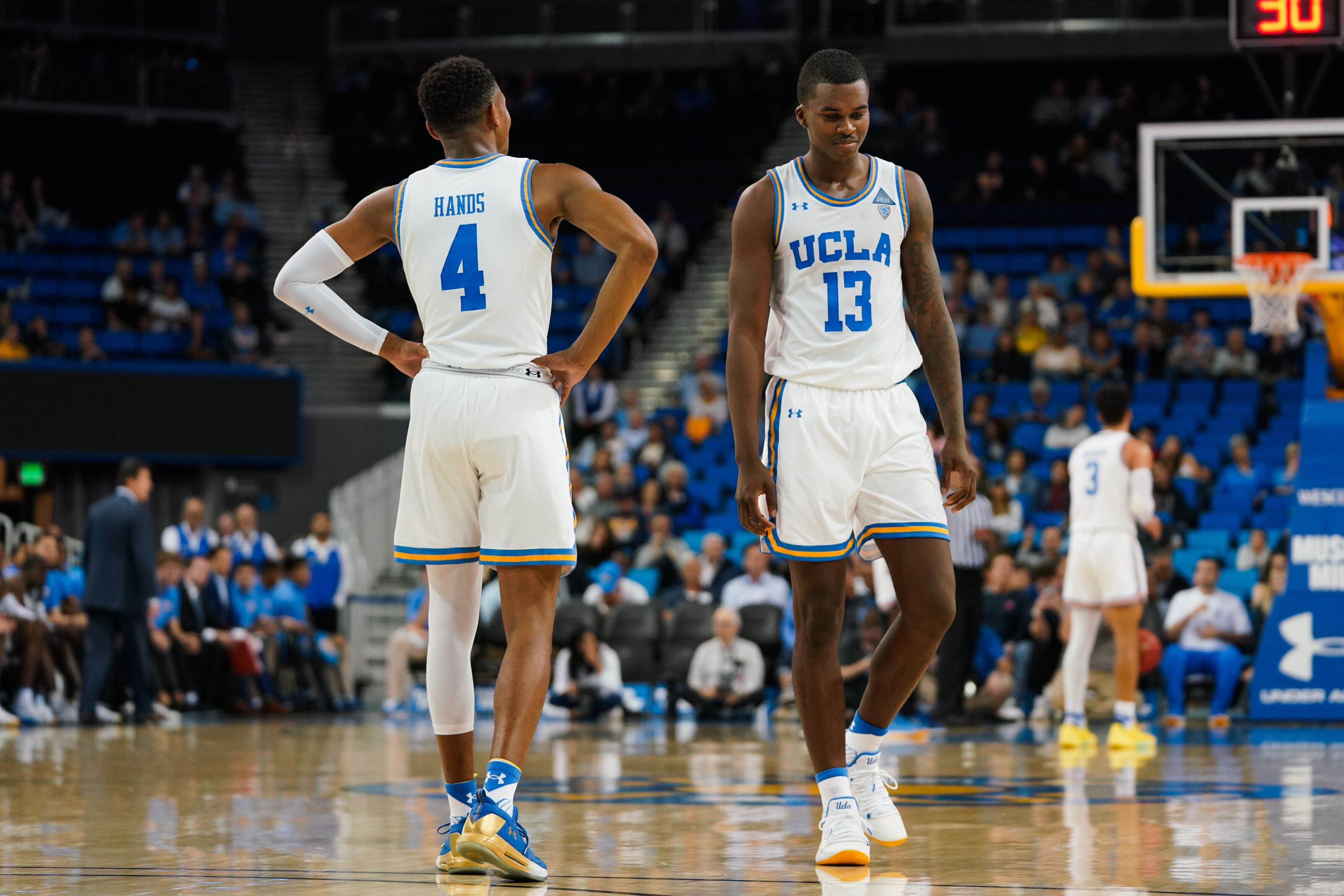 sports shoes 7a43b a5dbc UCLA Basketball: Kris Wilkes, Jaylen Hands invited to the ...