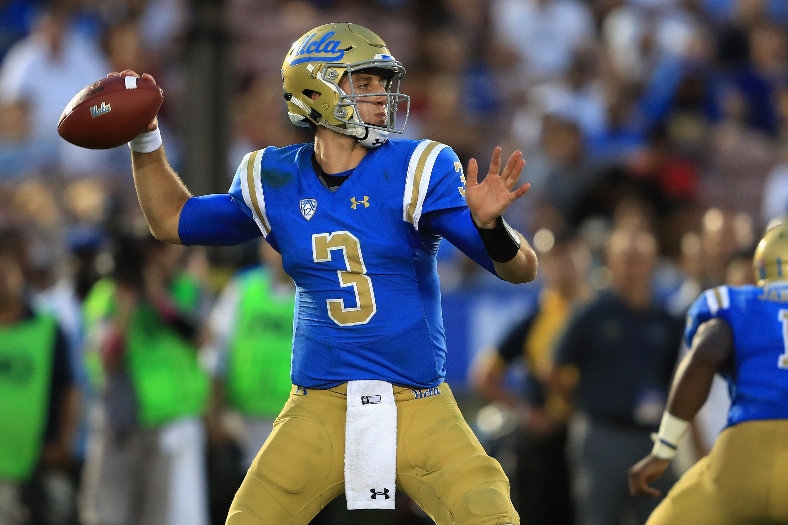 Bowl Game Schedule 2017 >> Know Your Opponent: UCLA Football vs. Memphis Tigers