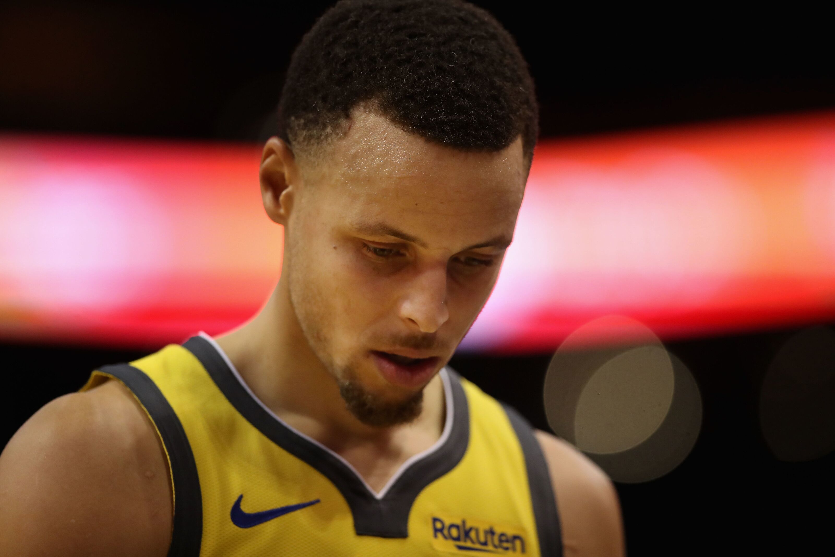 da9eb82f6115 Golden State Warriors can t contain James Harden in loss to Rockets