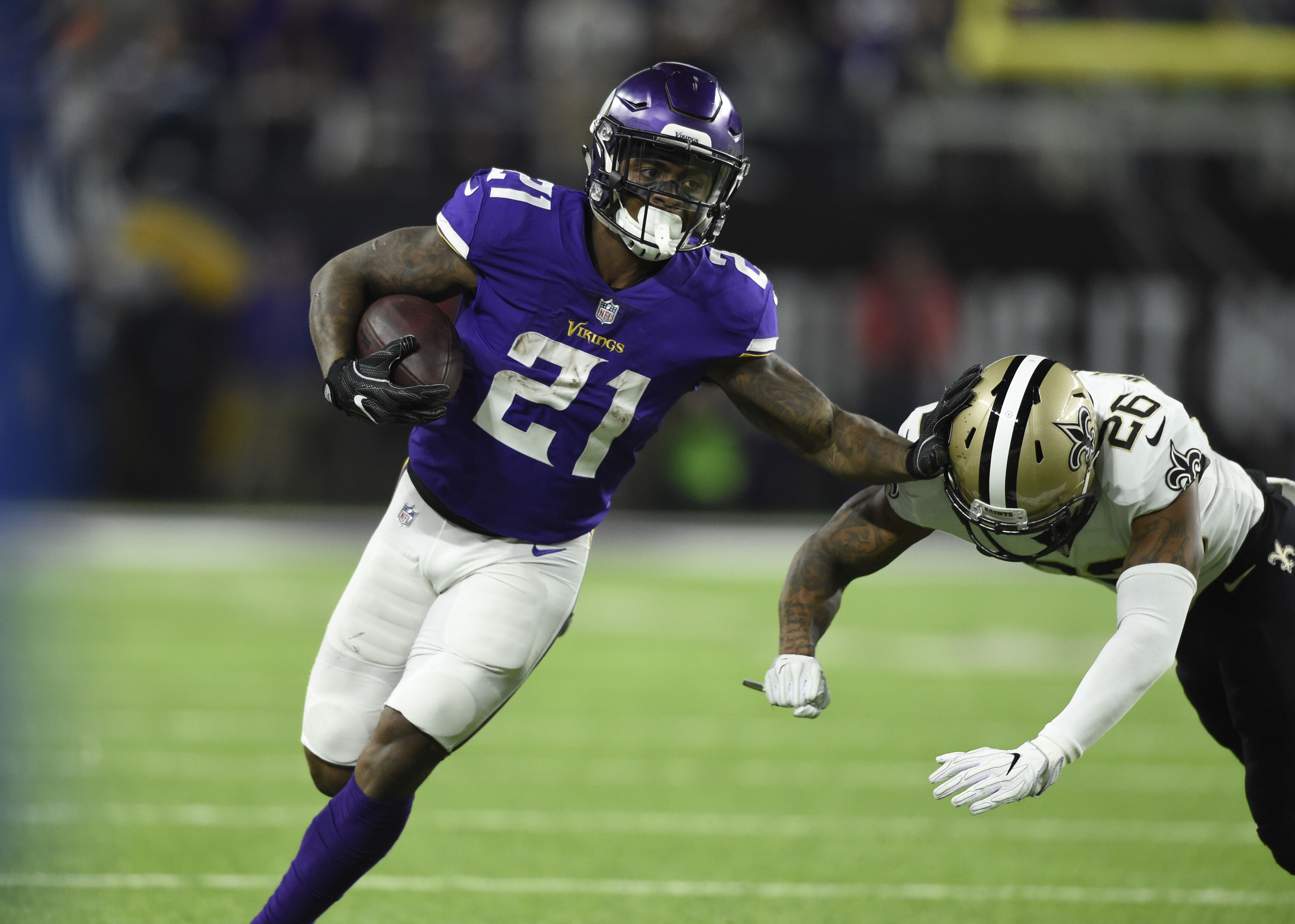 San Francisco 49ers: Jerick McKinnon continues to get lost in the shuffle