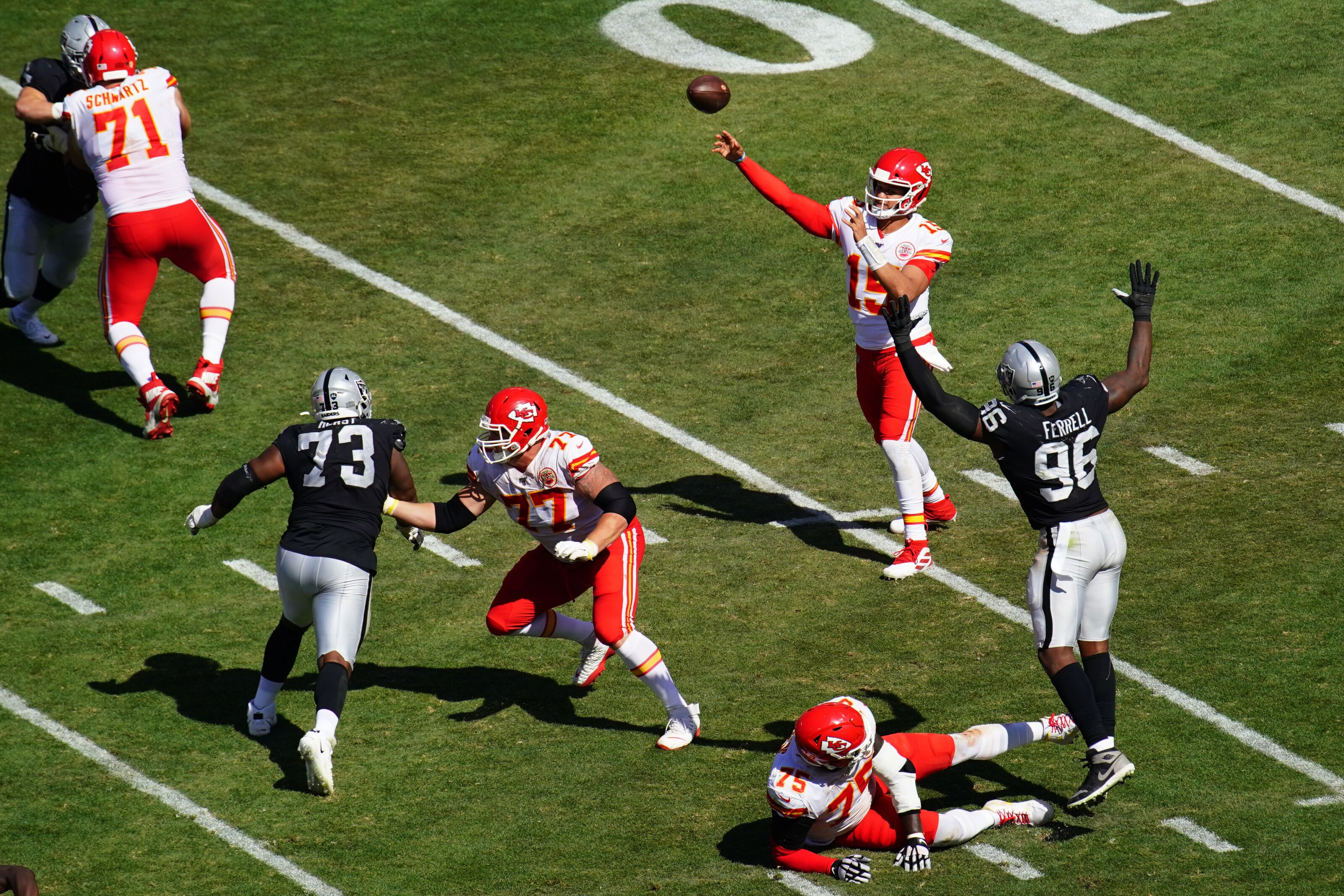 official photos 3323b 6c86a Oakland Raiders lose to Kansas City Chiefs in Week 2: Let's ...