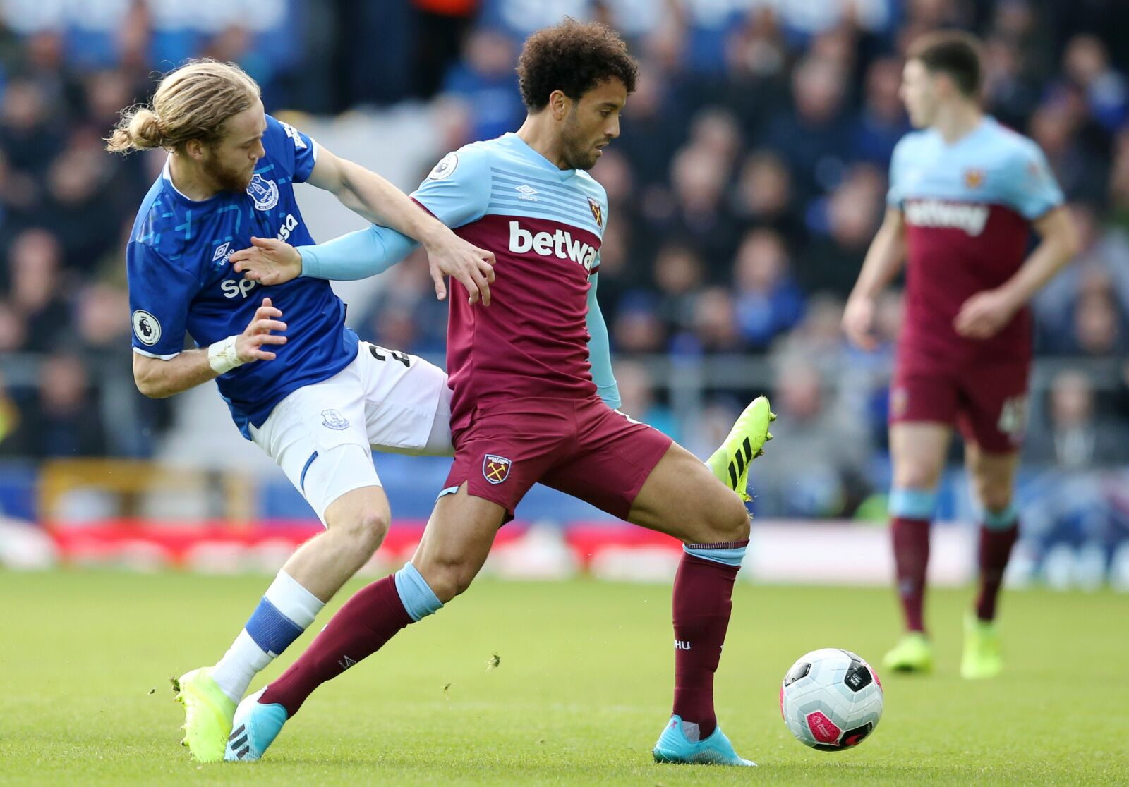 Match Review: West Ham put forward depressing effort in listless loss