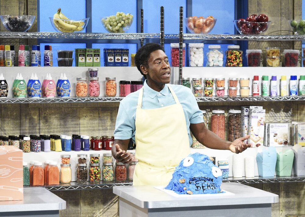 SNL's cooking show sketch is basically Nailed It!