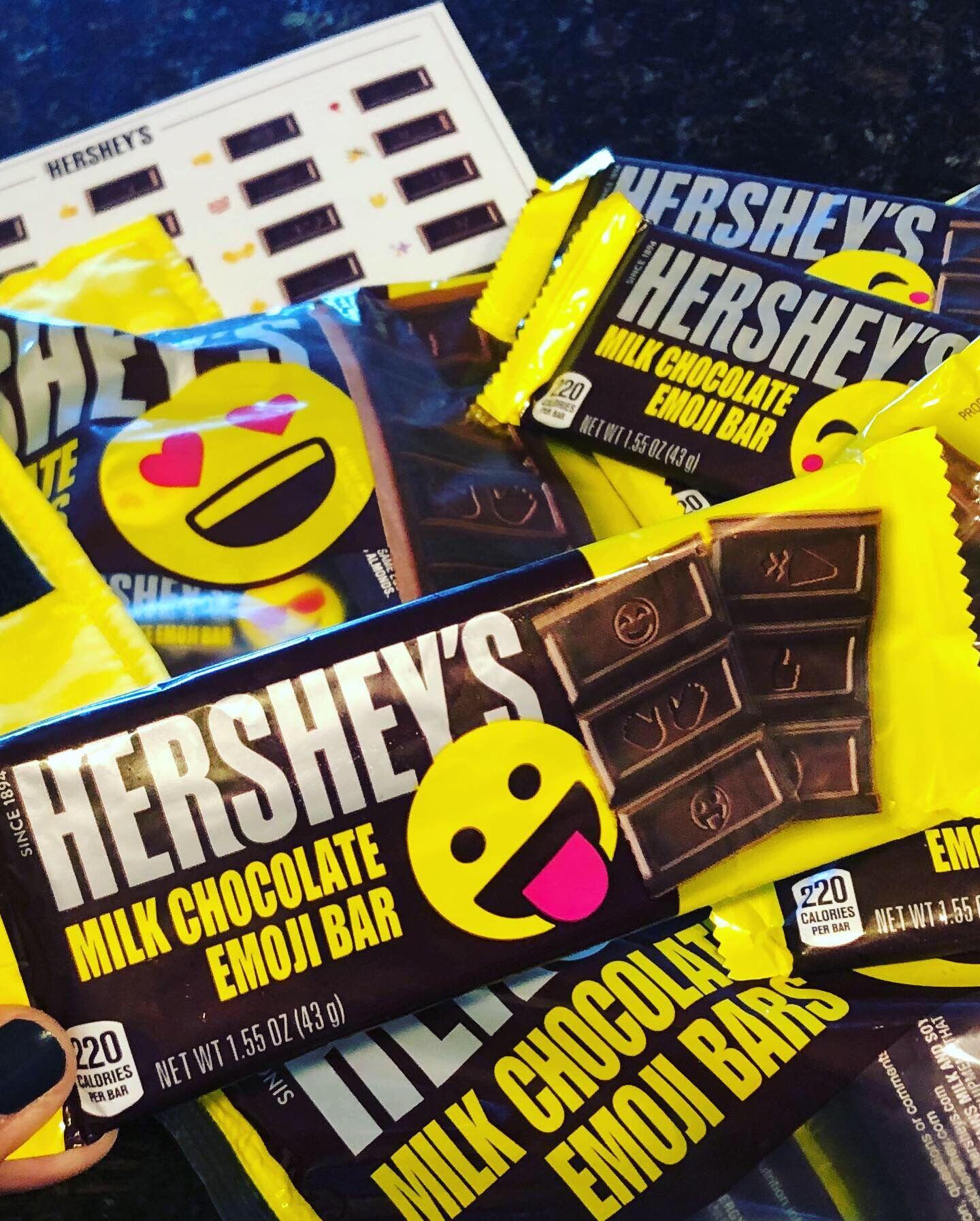 Hershey's new Emoji Bars are the perfect summer treats