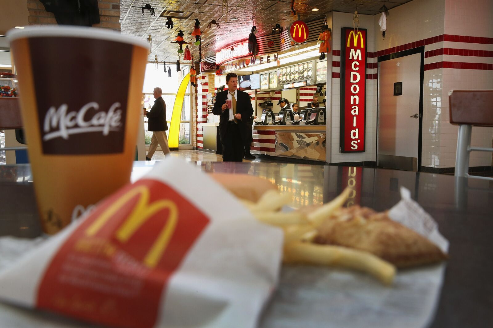 Fast Food restaurants open on Easter Sunday 2019