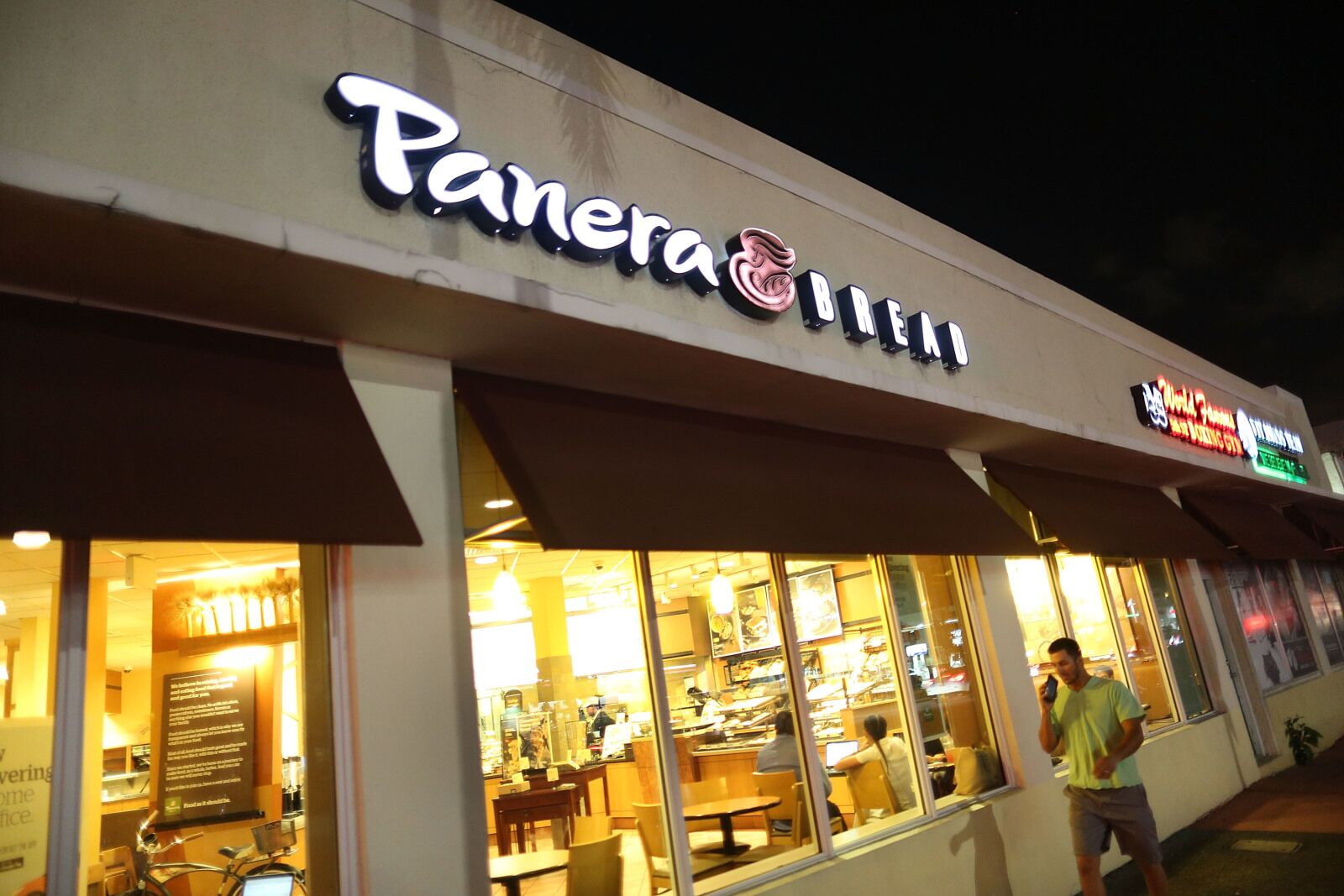 Panera Bread employee crises: How can it be fixed?