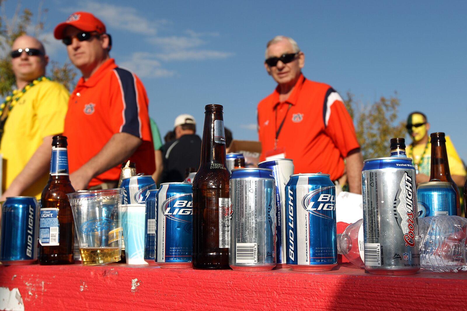 Florida Gators' fans may soon buy alcohol at games