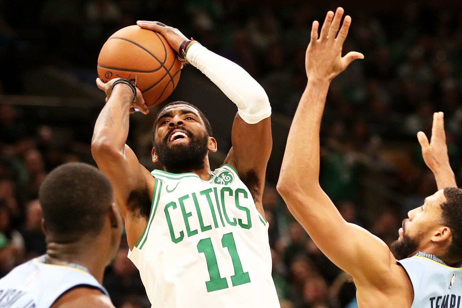 f08ad390467 Kyrie Irving is making the case the Celtics are better without him
