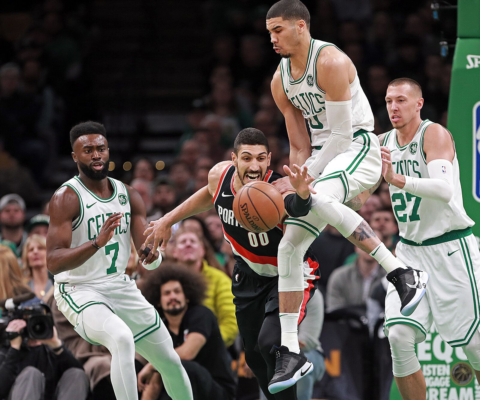 Blazers Kanter Contract: Boston Celtics: Pros And Cons Of Signing Enes Kanter
