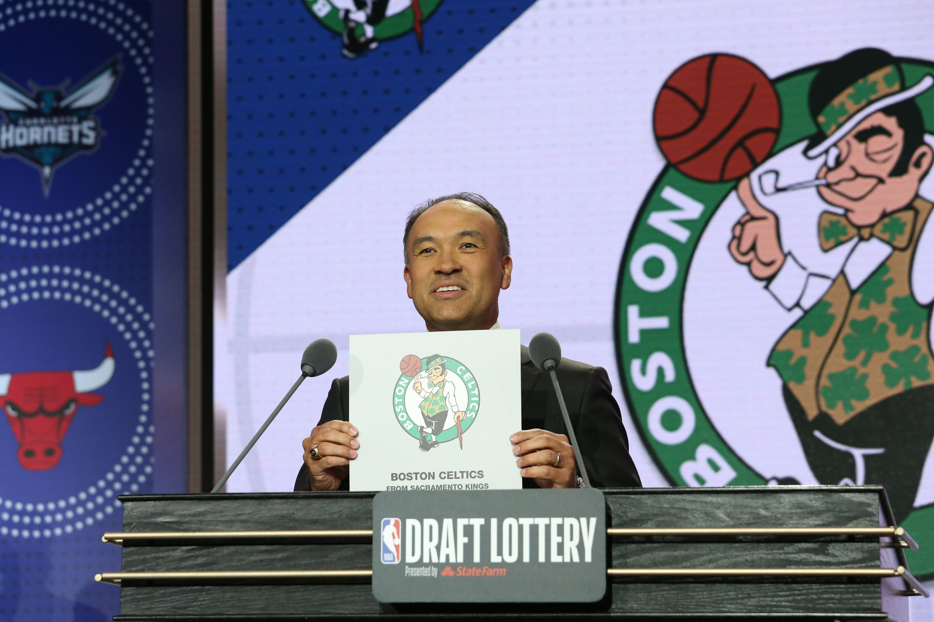 Boston Celtics: franchise should do all they can to acquire the No. 4 pick