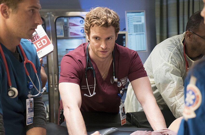 Chicago Med' Season 2, Episode 1 Synopsis and Photos