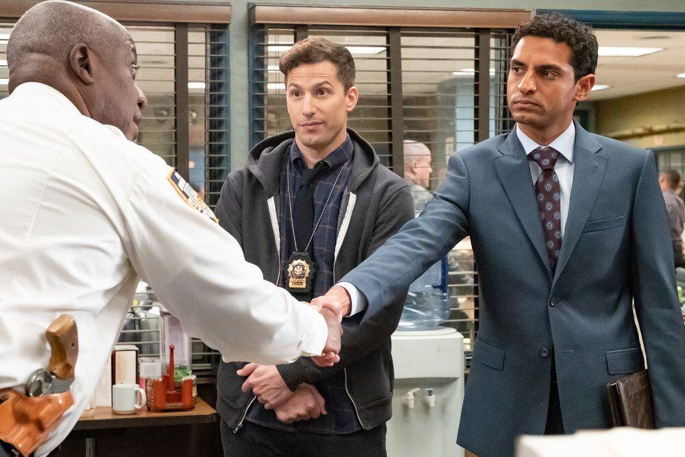 What happens in Brooklyn Nine-Nine Season 6, Episode 7?